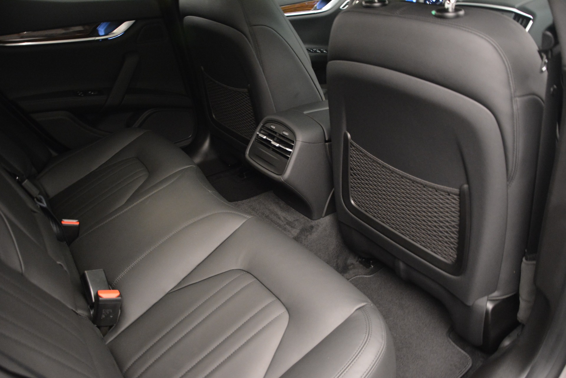 Used 2014 Maserati Ghibli S Q4 For Sale In Greenwich, CT 2562_p23