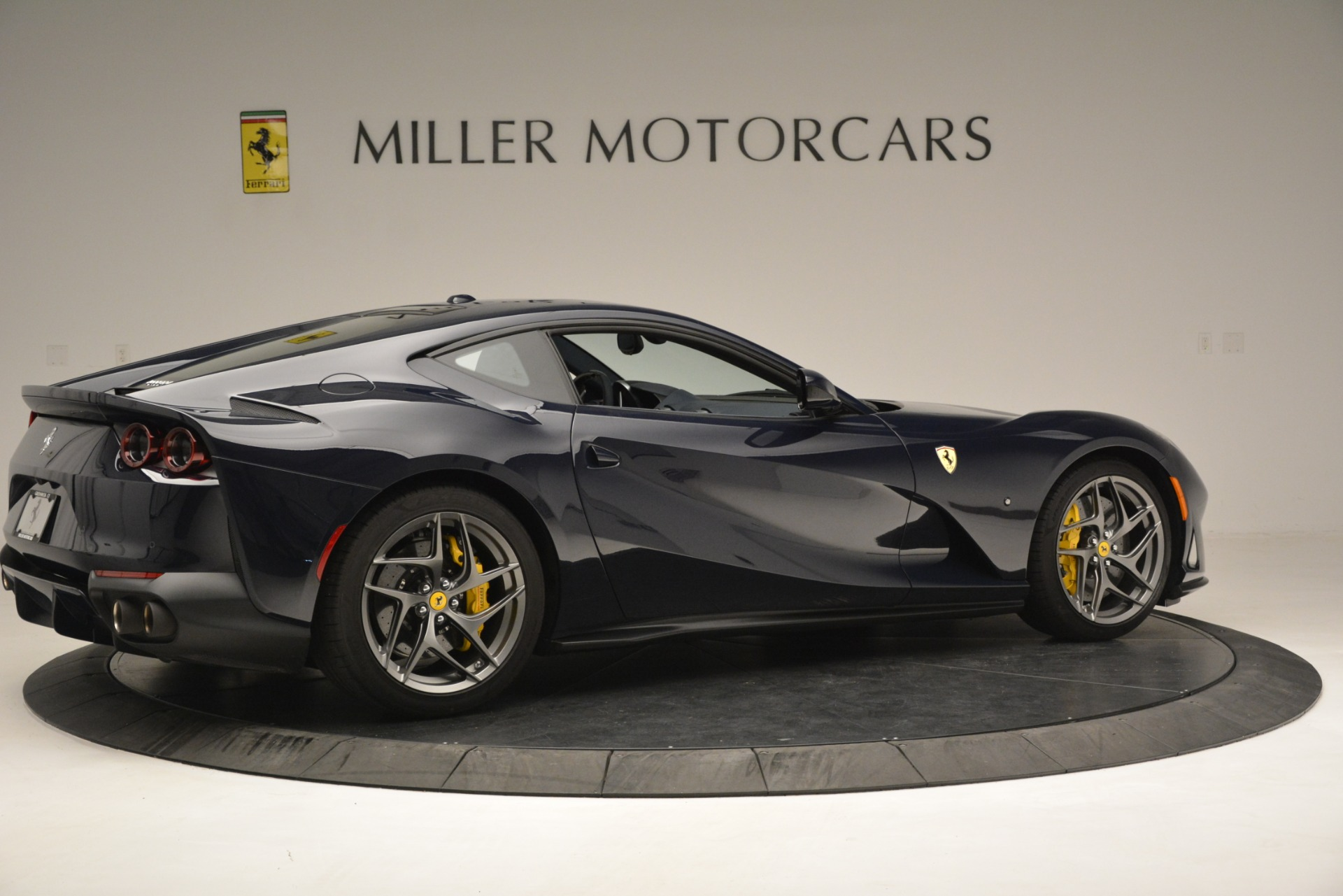 Used 2018 Ferrari 812 Superfast  For Sale In Greenwich, CT 2569_p9