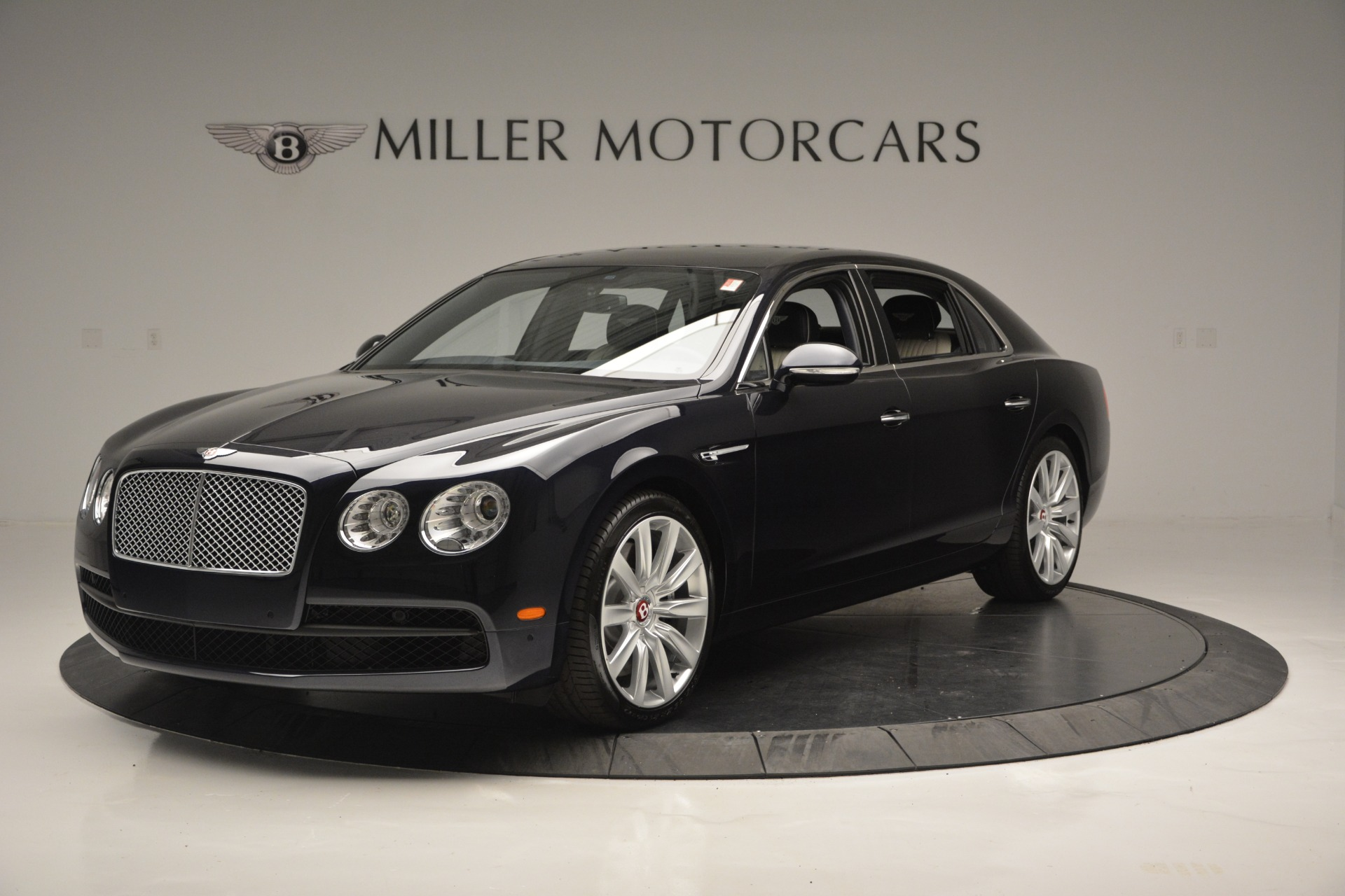New 2018 Bentley Flying Spur V8 For Sale In Greenwich, CT 2572_main