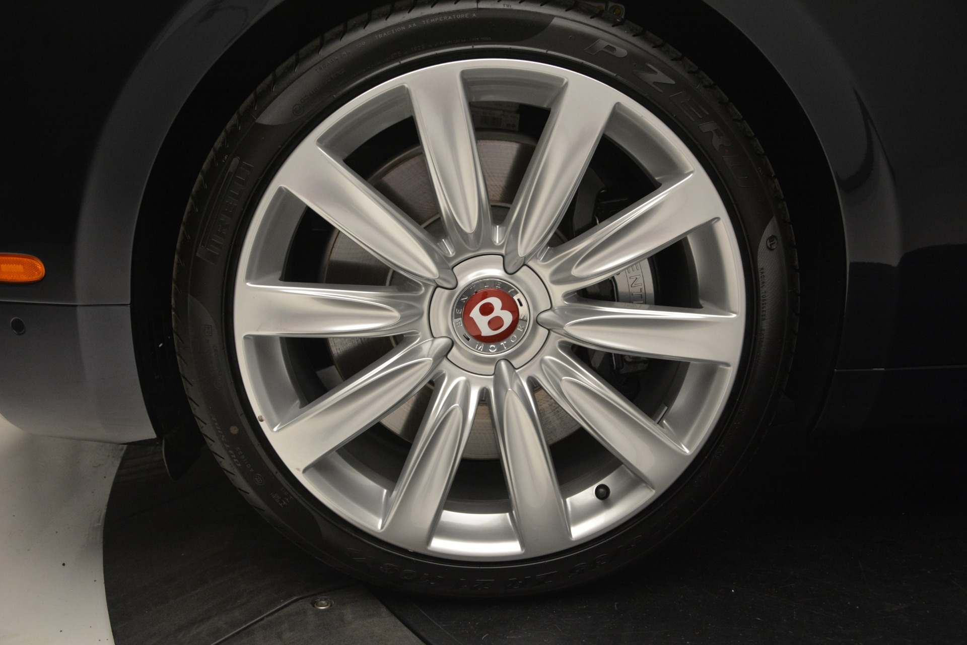 New 2018 Bentley Flying Spur V8 For Sale In Greenwich, CT 2572_p14