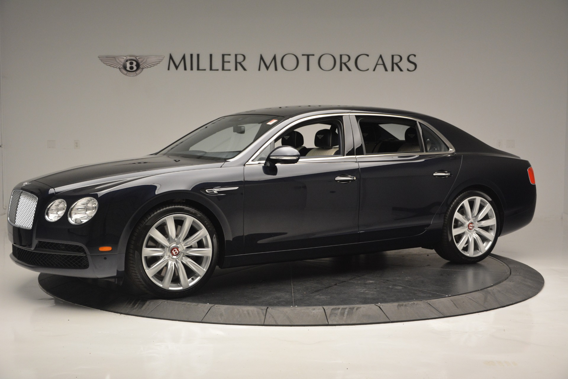 New 2018 Bentley Flying Spur V8 For Sale In Greenwich, CT 2572_p2