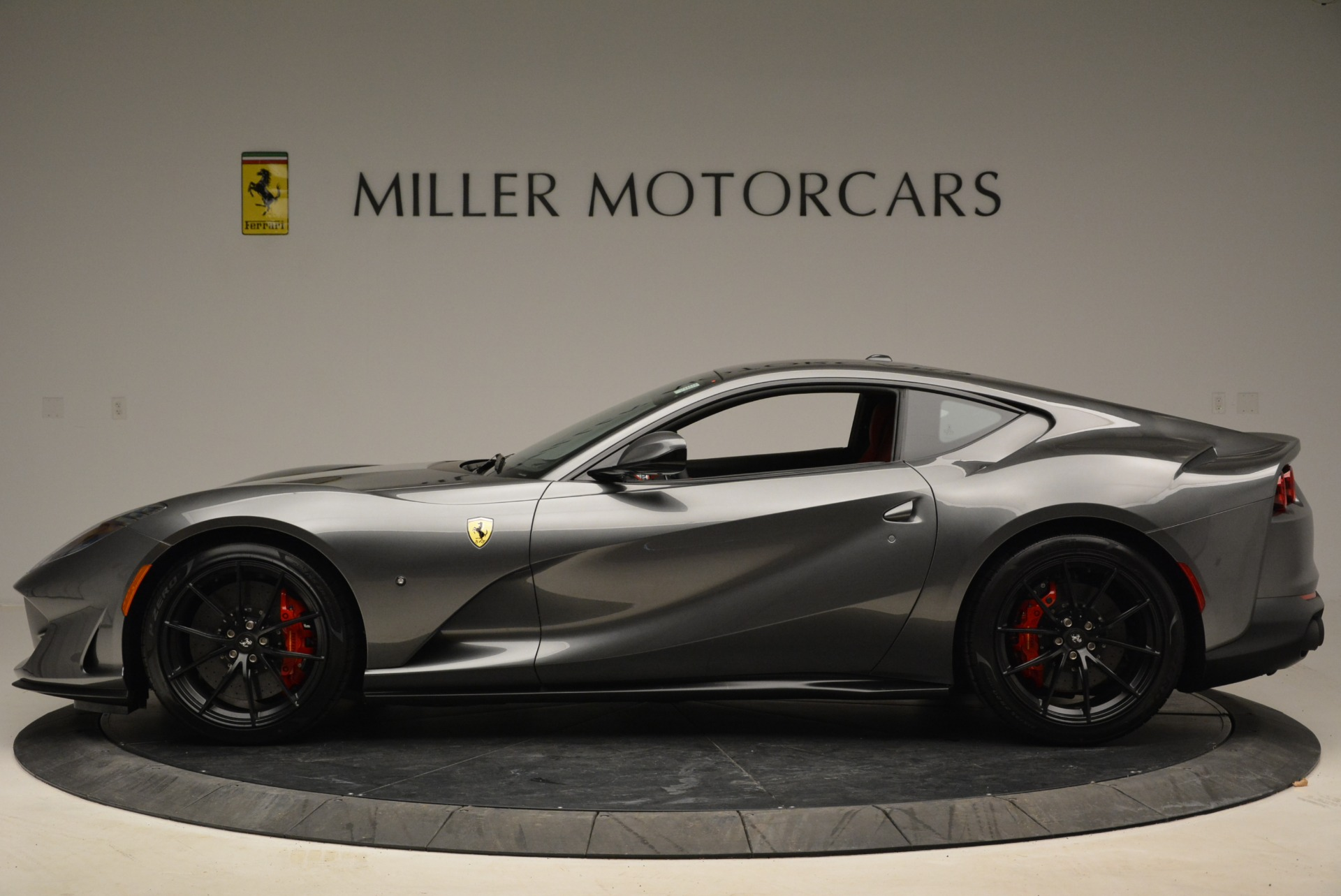 Used 2018 Ferrari 812 Superfast  For Sale In Greenwich, CT 2573_p3