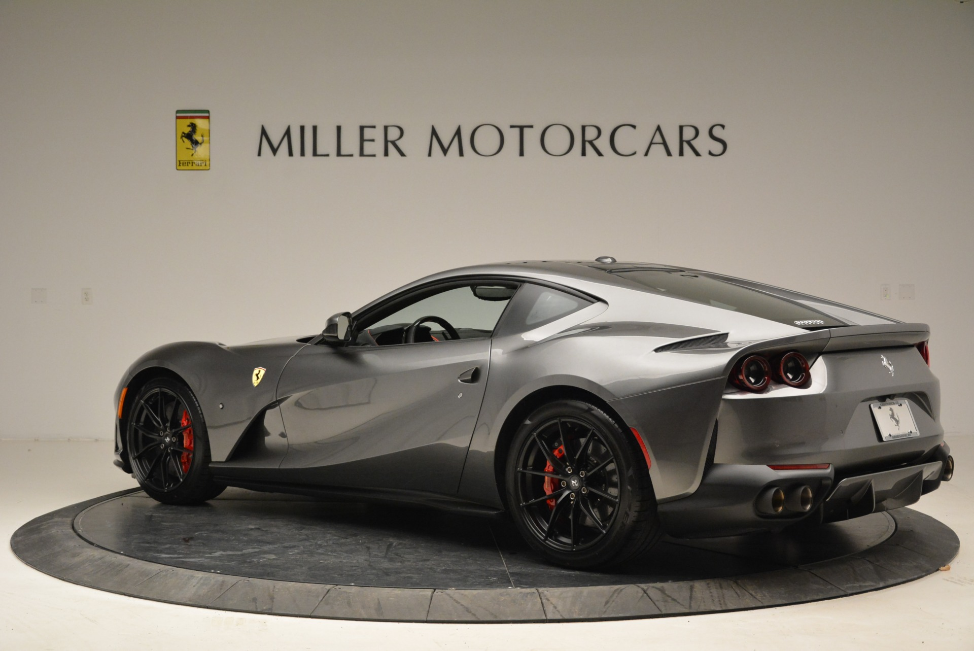 Used 2018 Ferrari 812 Superfast  For Sale In Greenwich, CT 2573_p4