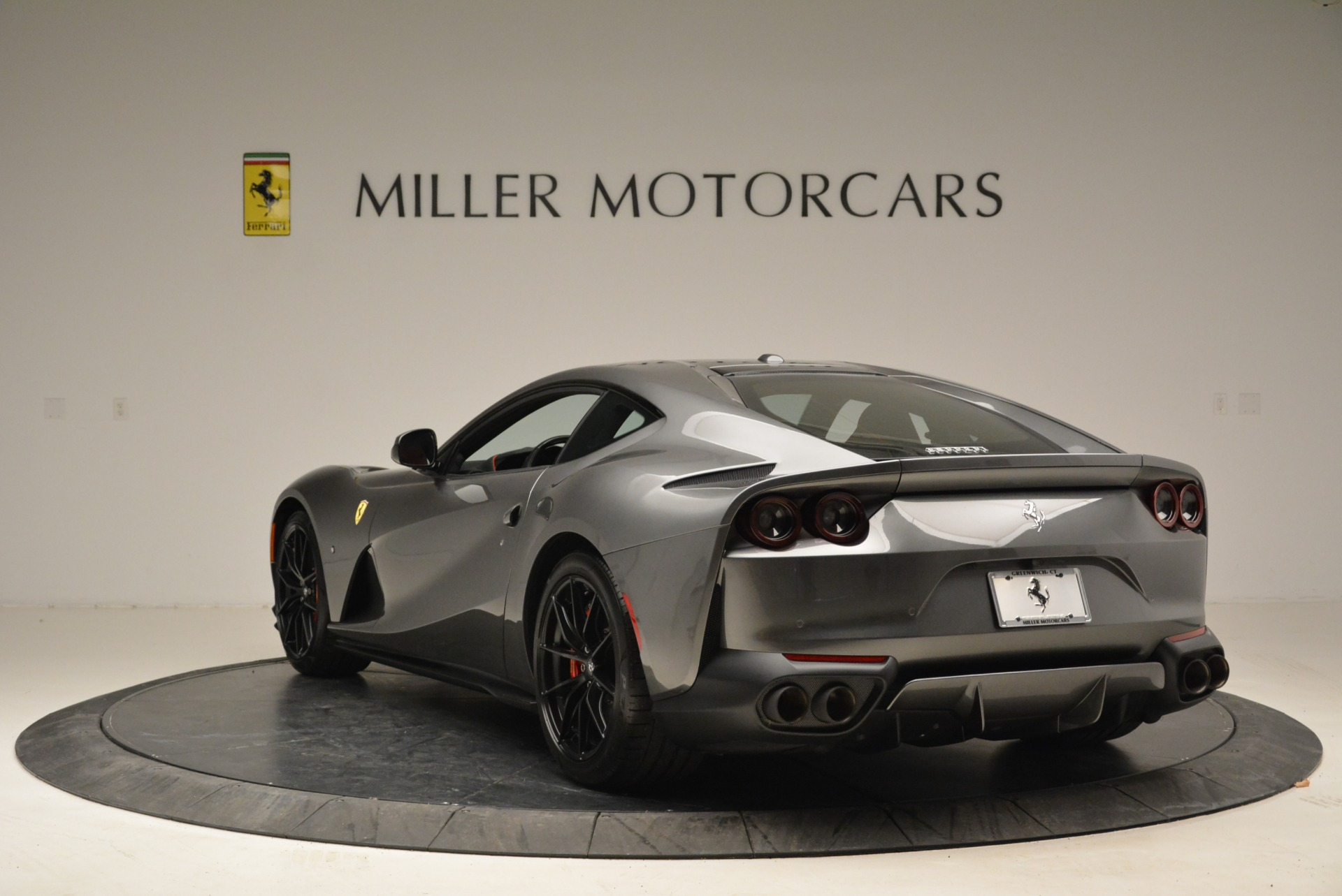Used 2018 Ferrari 812 Superfast  For Sale In Greenwich, CT 2573_p5