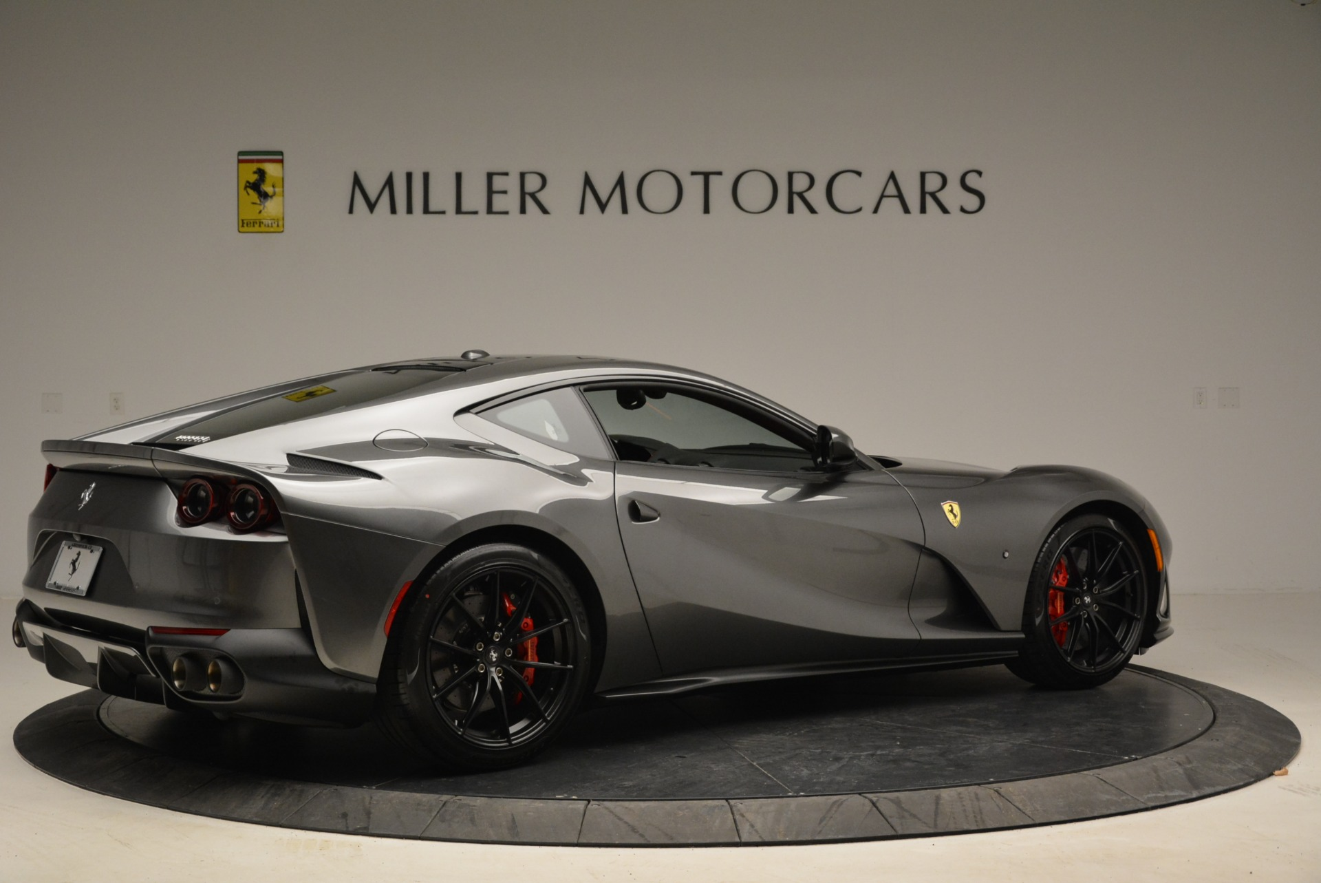 Used 2018 Ferrari 812 Superfast  For Sale In Greenwich, CT 2573_p8