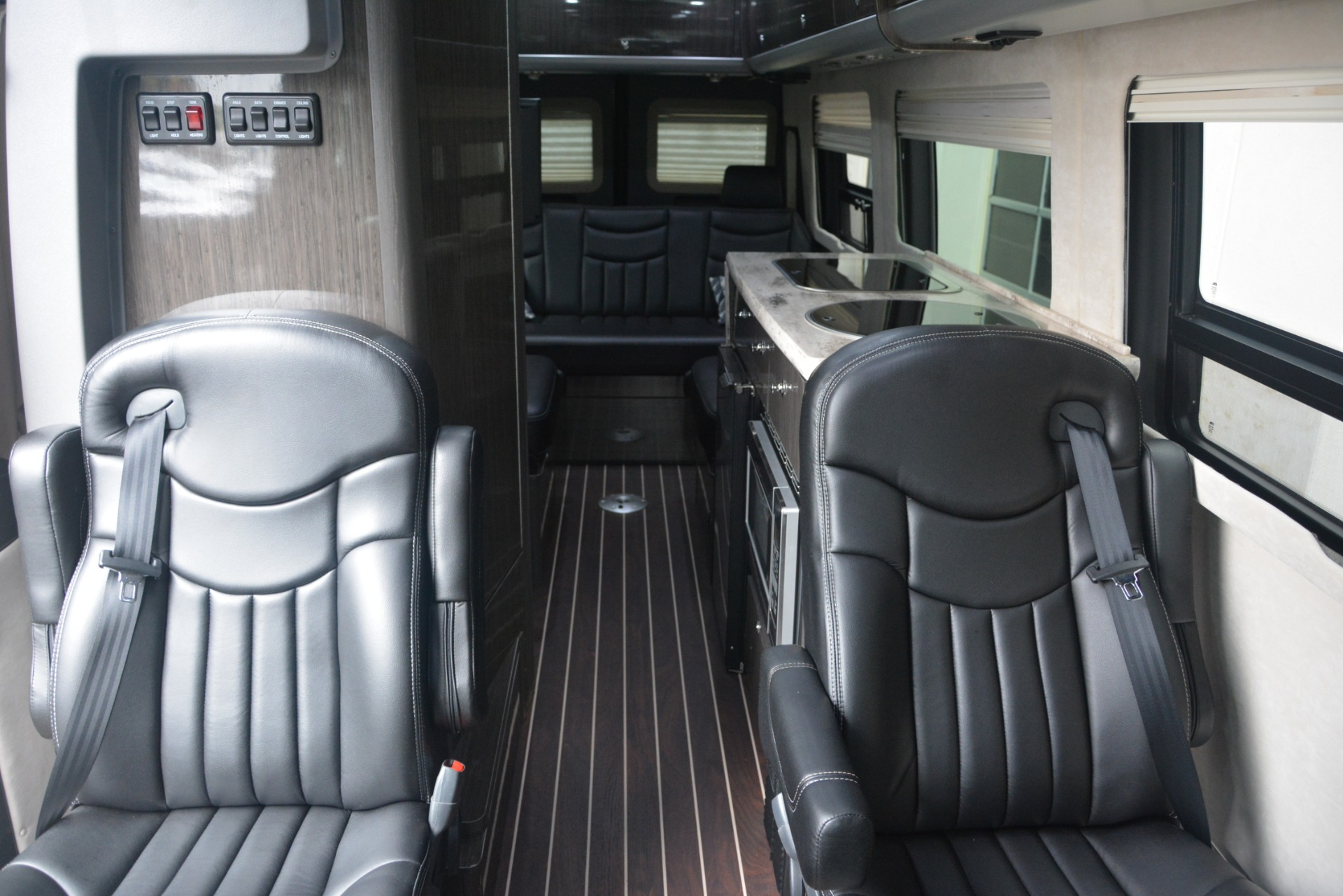 Used 2014 Mercedes-Benz Sprinter 3500 Airstream Lounge Extended For Sale In Greenwich, CT 2595_p14