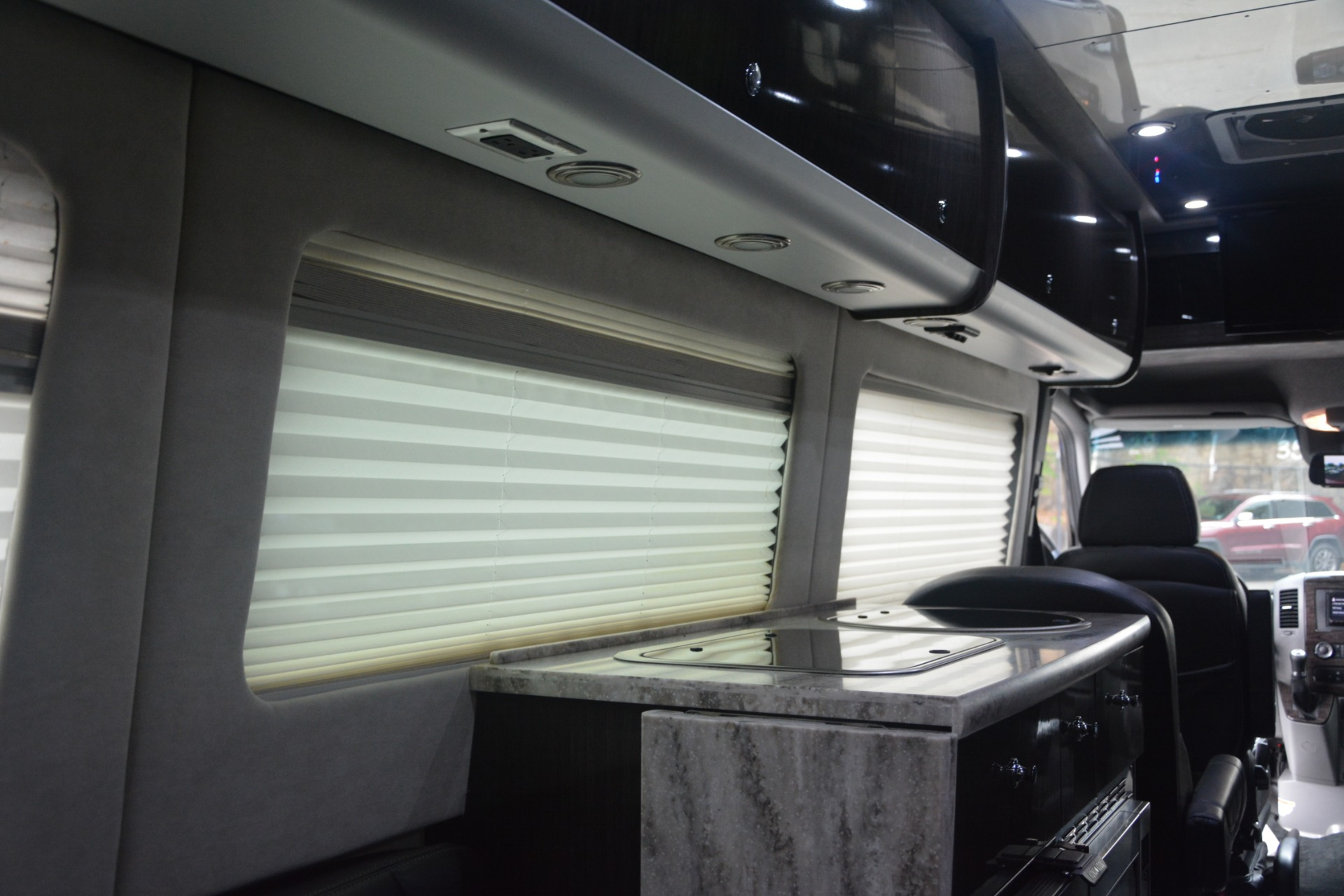 Used 2014 Mercedes-Benz Sprinter 3500 Airstream Lounge Extended For Sale In Greenwich, CT 2595_p24
