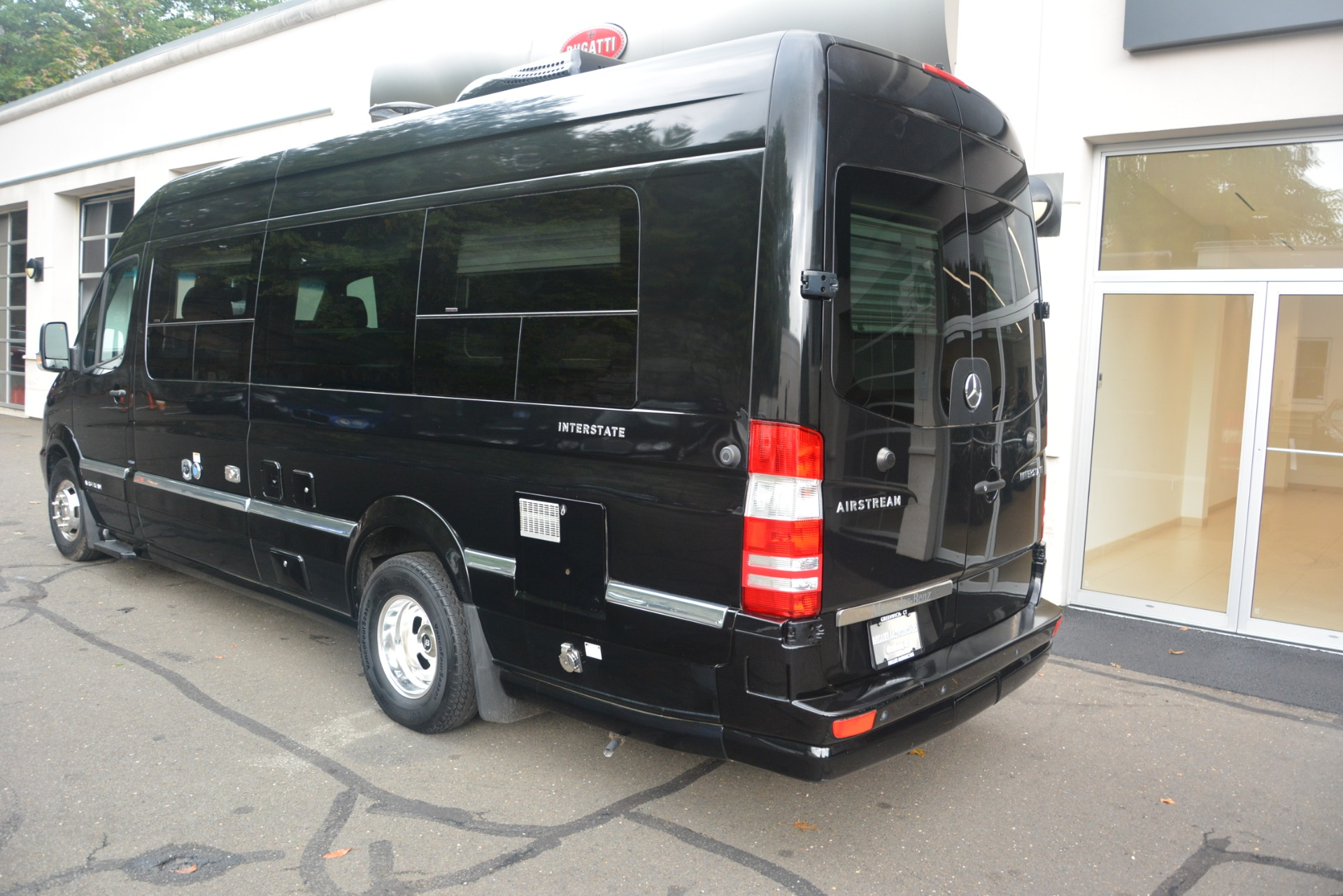 Used 2014 Mercedes-Benz Sprinter 3500 Airstream Lounge Extended For Sale In Greenwich, CT 2595_p4