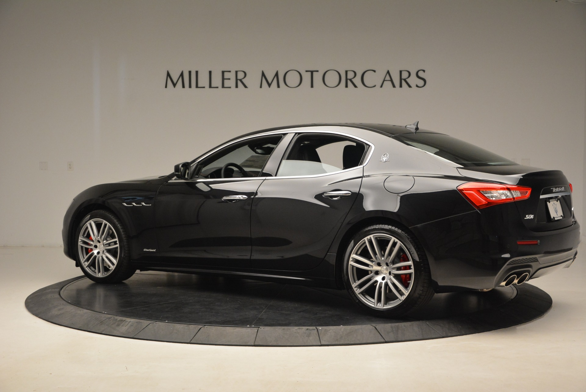 New 2019 Maserati Ghibli S Q4 GranSport For Sale In Greenwich, CT 2597_p4