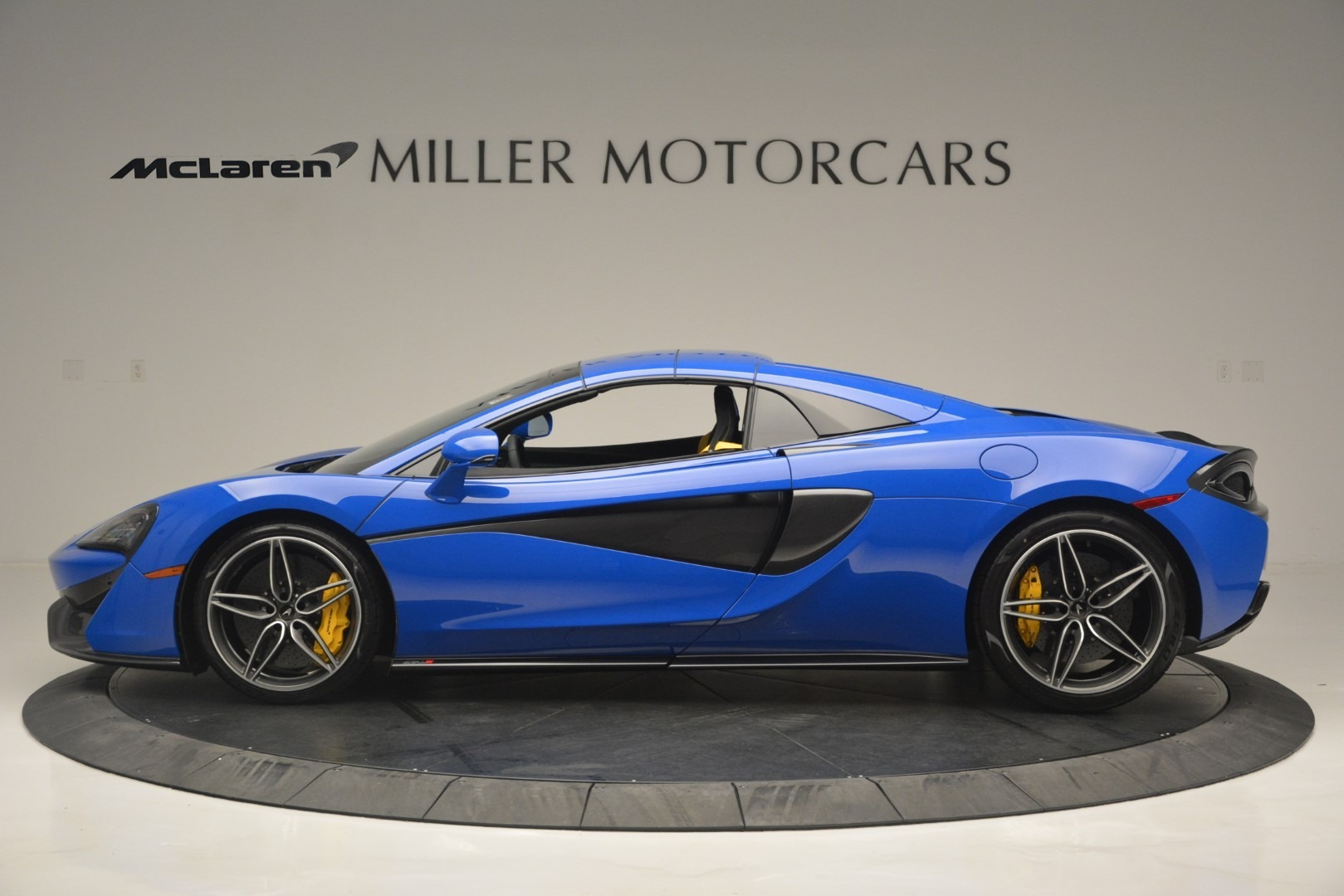 New 2019 McLaren 570S Spider Convertible For Sale In Greenwich, CT 2599_p16