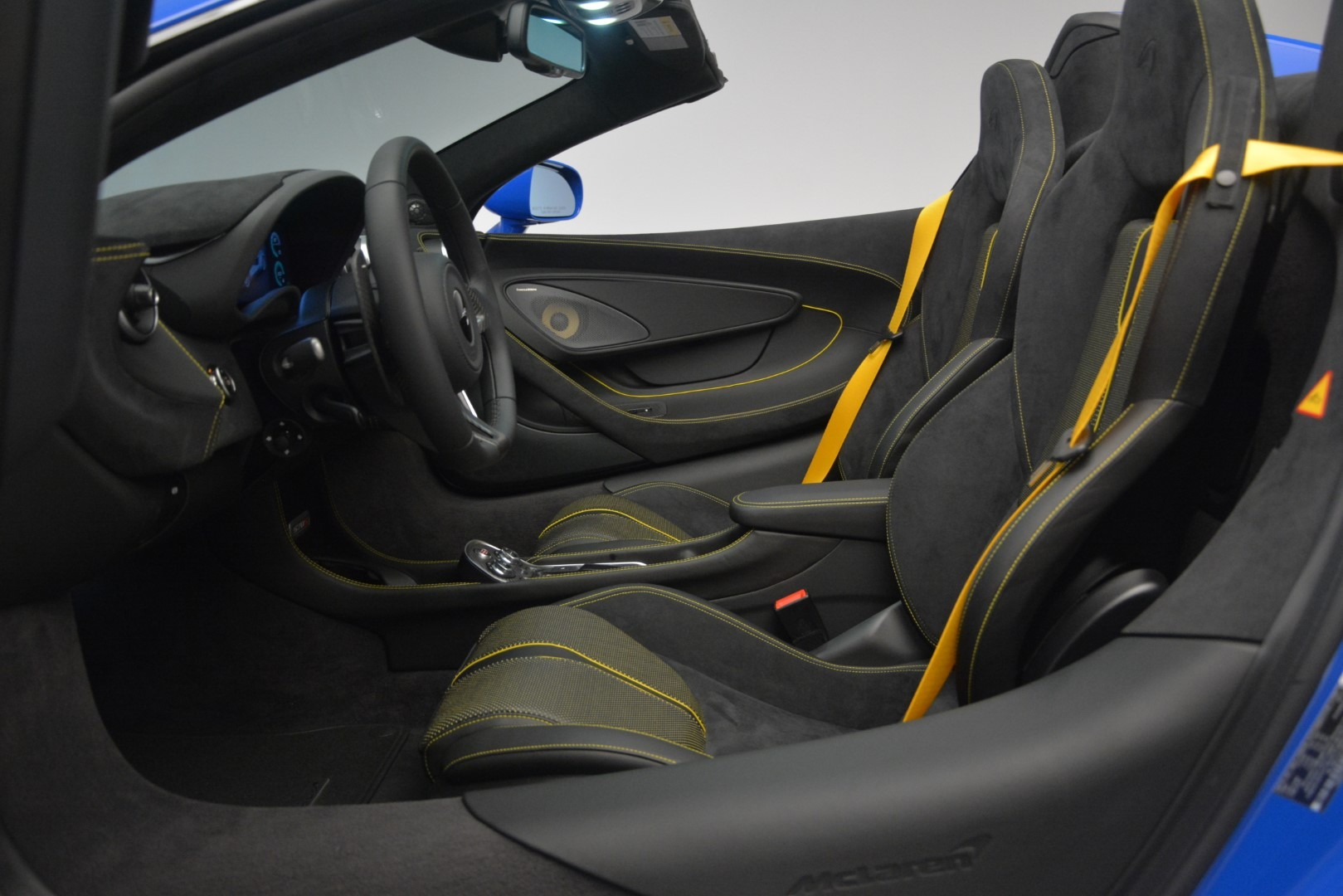 New 2019 McLaren 570S Spider Convertible For Sale In Greenwich, CT 2599_p25