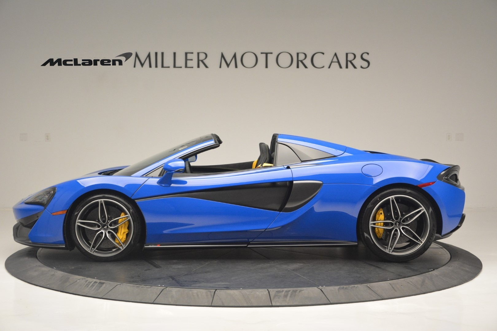 New 2019 McLaren 570S Spider Convertible For Sale In Greenwich, CT 2599_p3