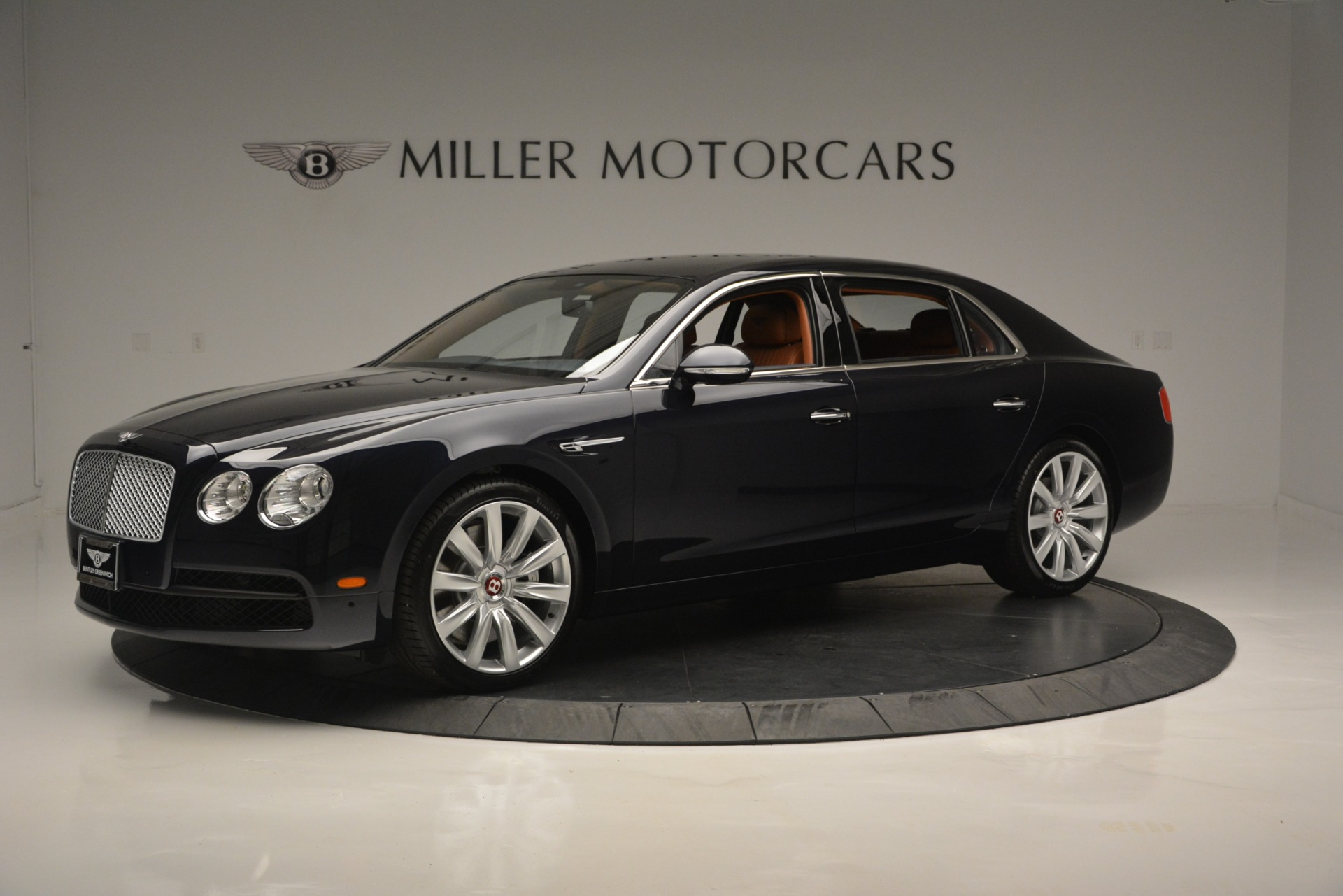 New 2018 Bentley Flying Spur V8 For Sale In Greenwich, CT 2601_p2