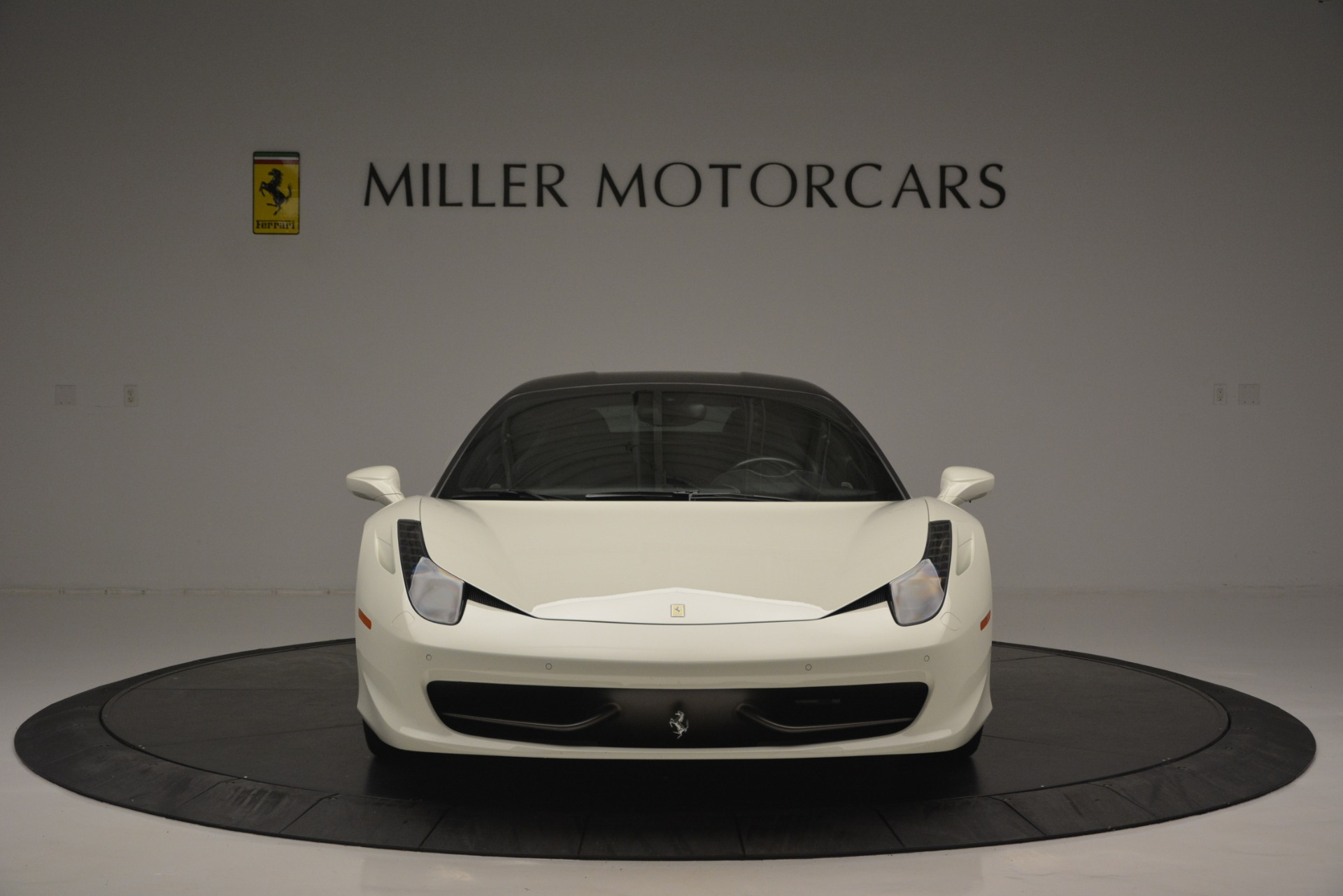 Used 2010 Ferrari 458 Italia  For Sale In Greenwich, CT 2602_p12