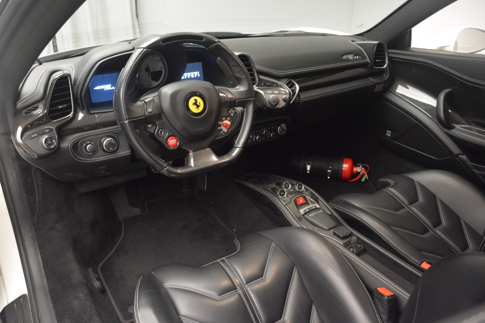 Used 2010 Ferrari 458 Italia  For Sale In Greenwich, CT 2602_p13