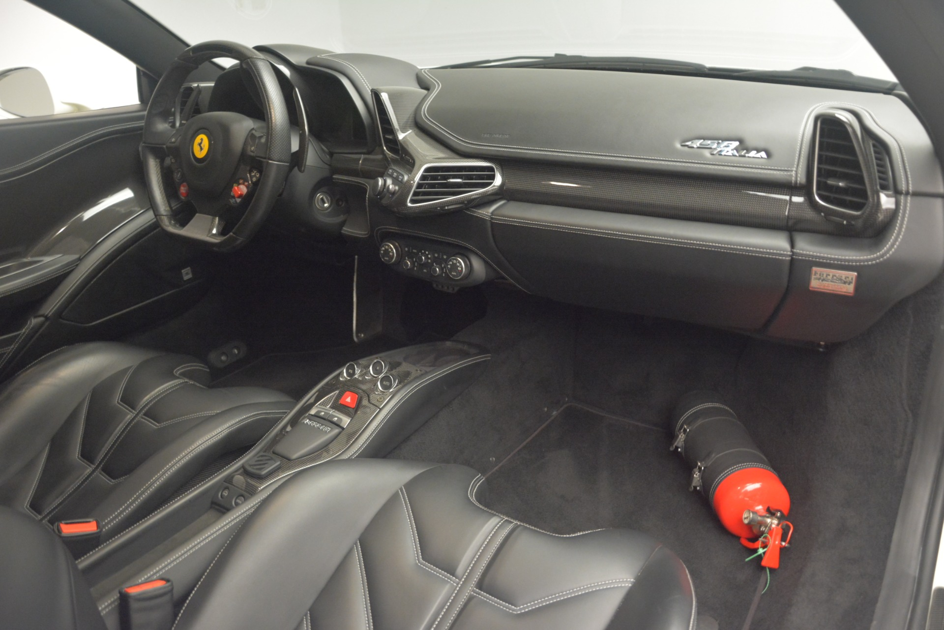 Used 2010 Ferrari 458 Italia  For Sale In Greenwich, CT 2602_p17