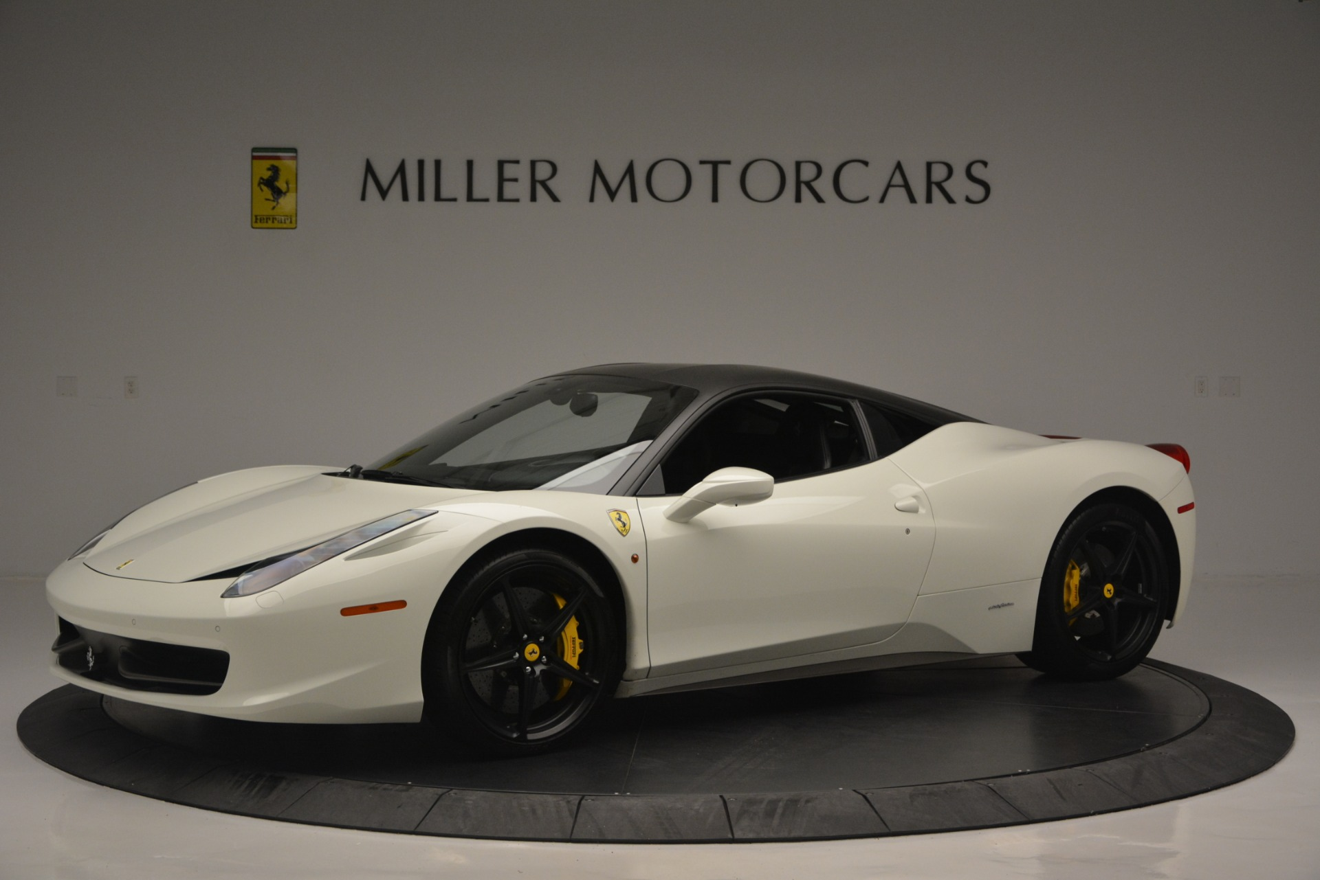 Used 2010 Ferrari 458 Italia  For Sale In Greenwich, CT 2602_p2