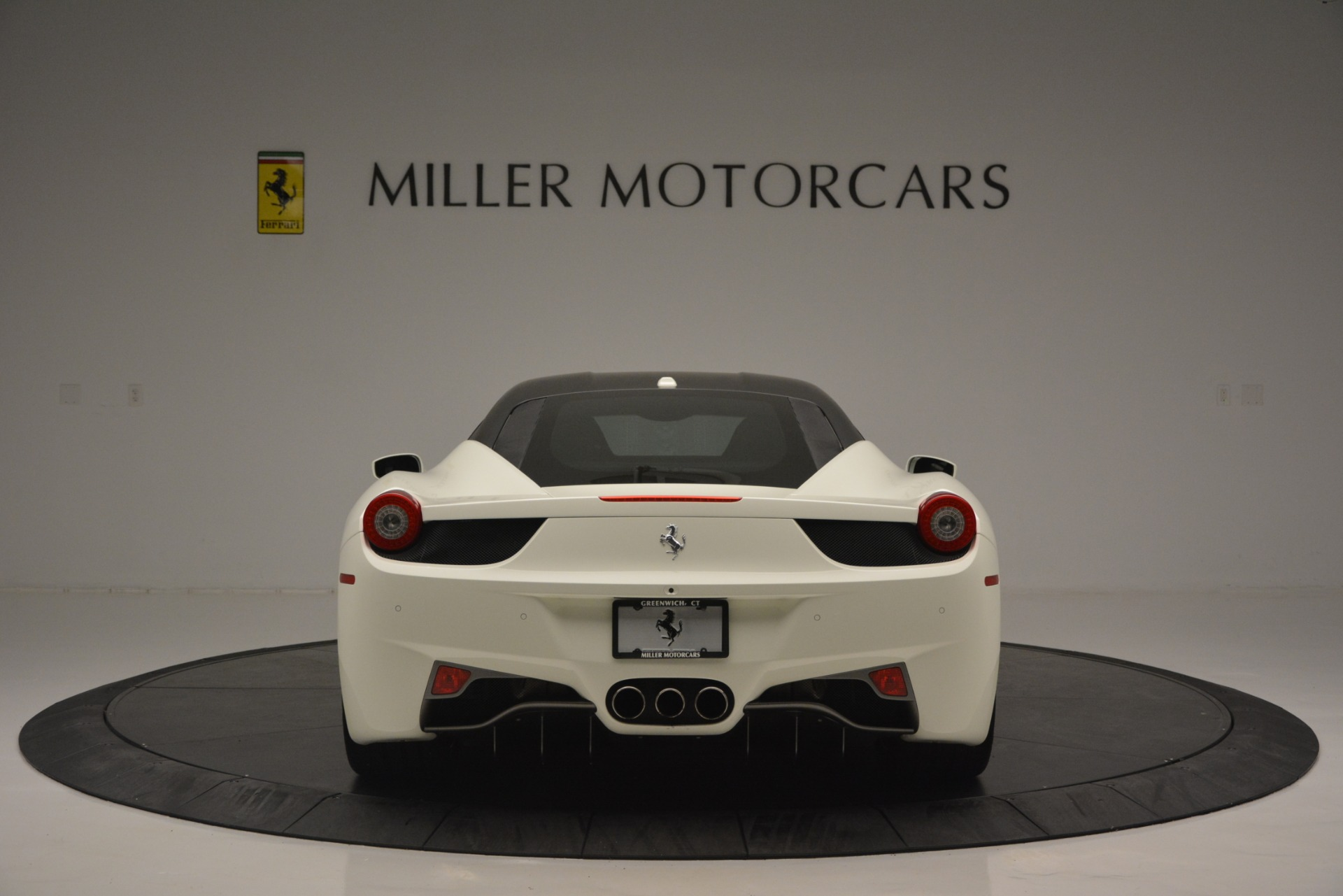 Used 2010 Ferrari 458 Italia  For Sale In Greenwich, CT 2602_p6