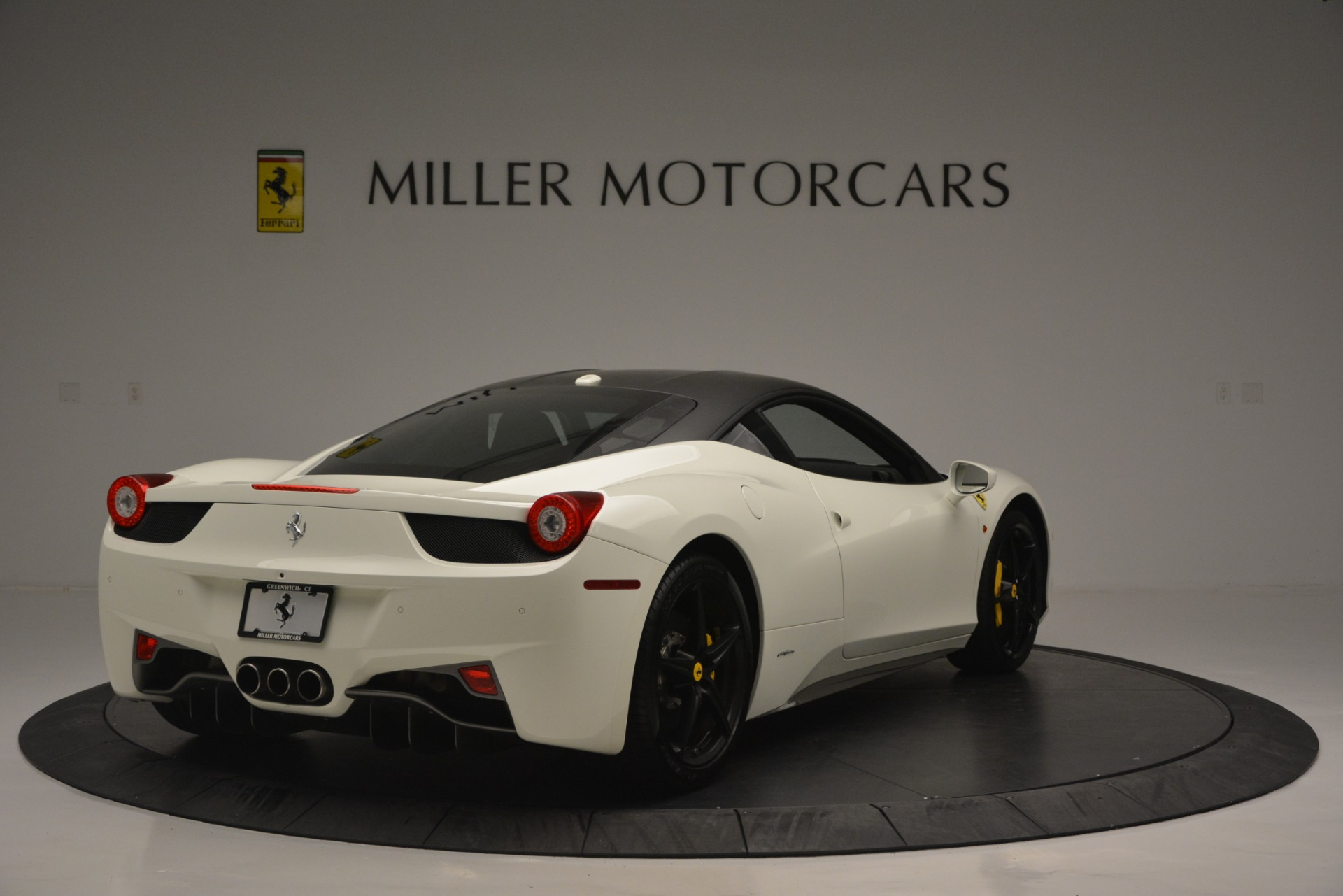 Used 2010 Ferrari 458 Italia  For Sale In Greenwich, CT 2602_p7