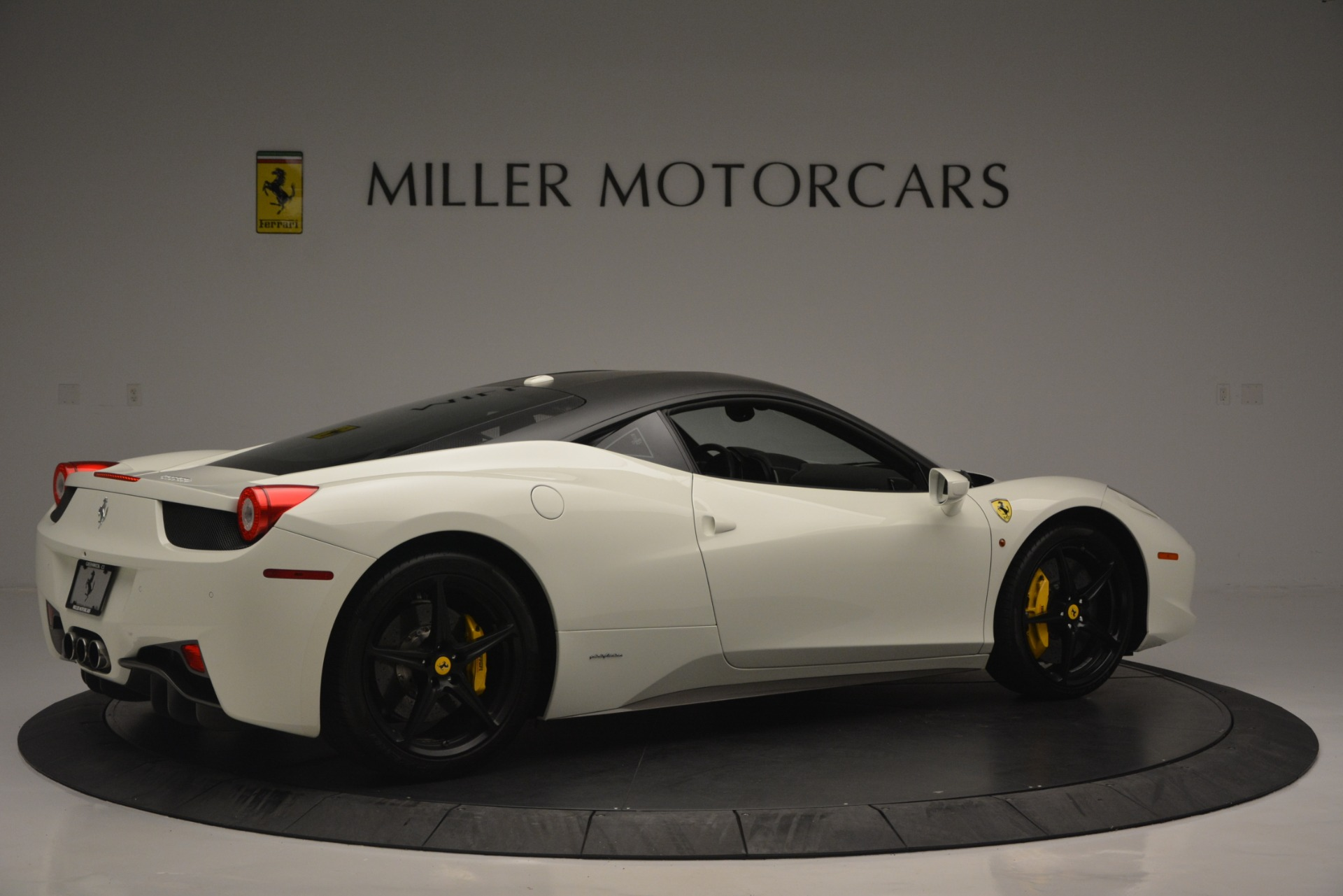 Used 2010 Ferrari 458 Italia  For Sale In Greenwich, CT 2602_p8