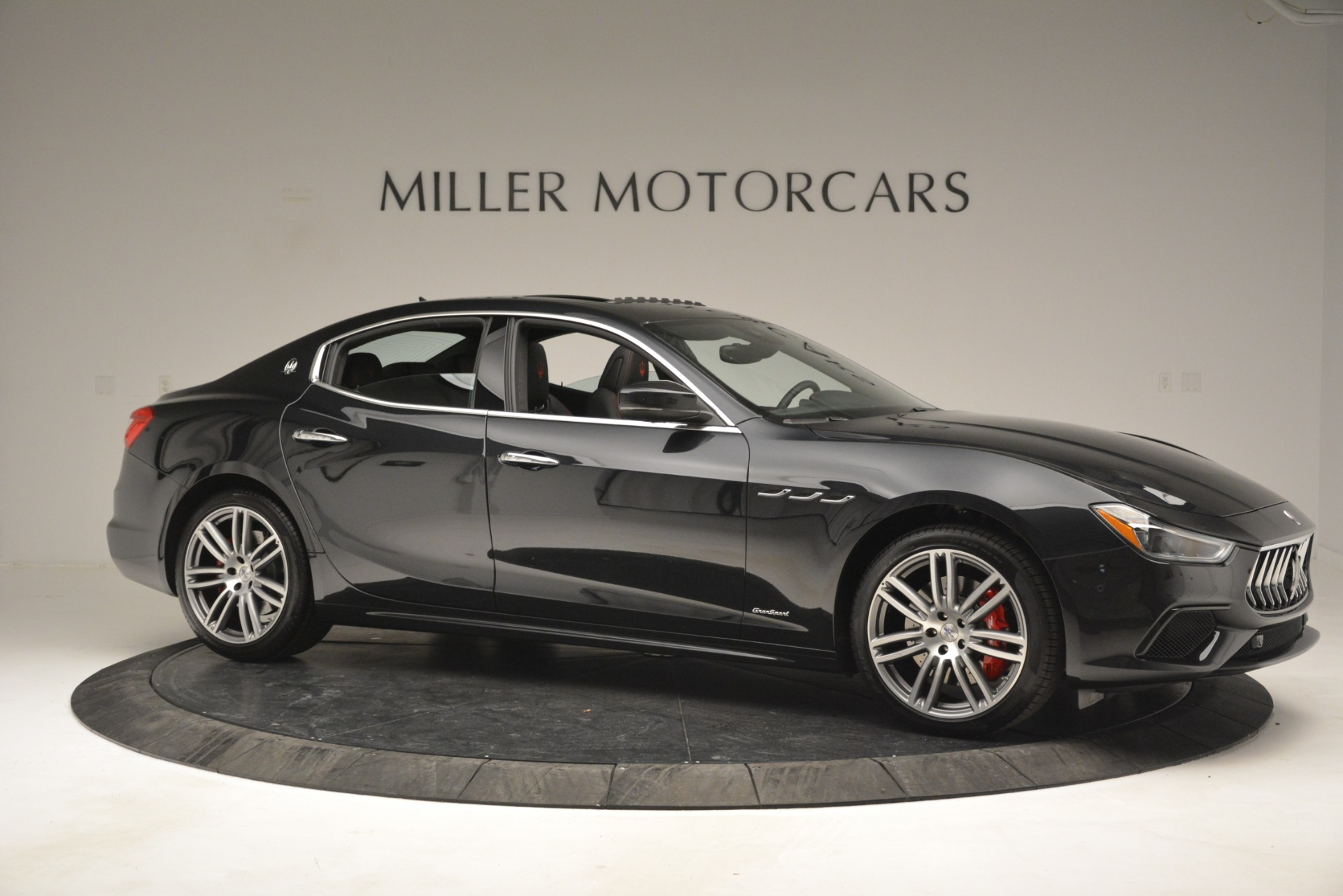 New 2019 Maserati Ghibli S Q4 GranSport For Sale In Greenwich, CT 2614_p11