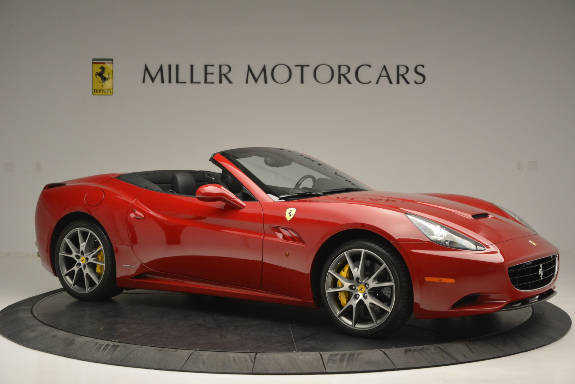 Used 2011 Ferrari California  For Sale In Greenwich, CT 2618_p11