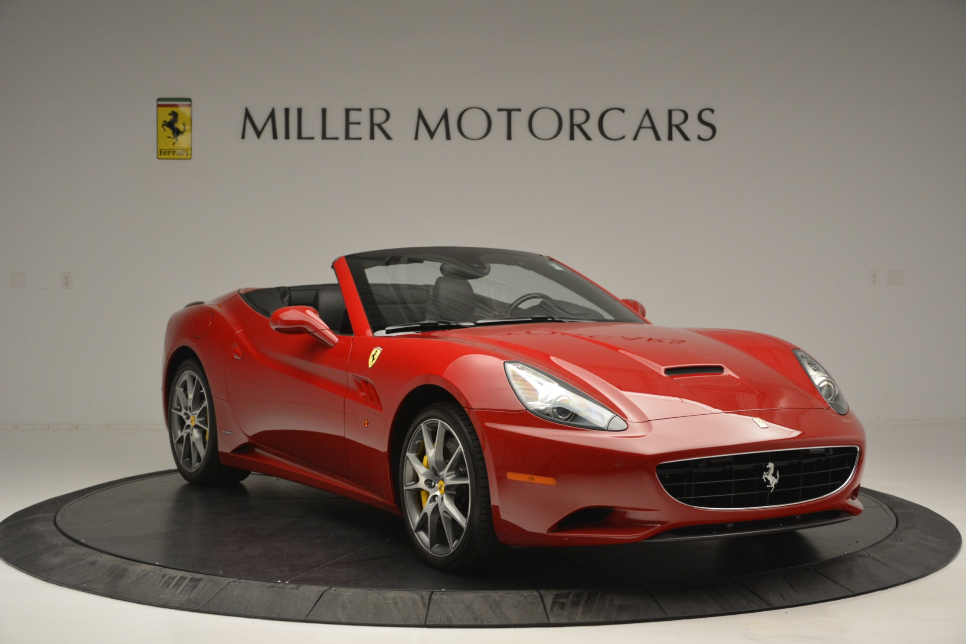 Used 2011 Ferrari California  For Sale In Greenwich, CT 2618_p12