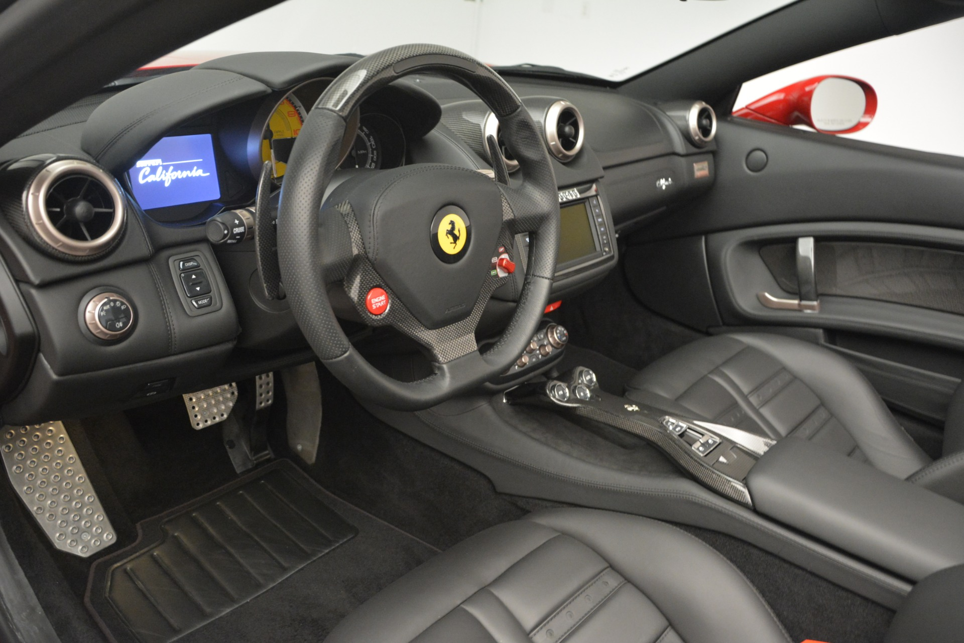 Used 2011 Ferrari California  For Sale In Greenwich, CT 2618_p24