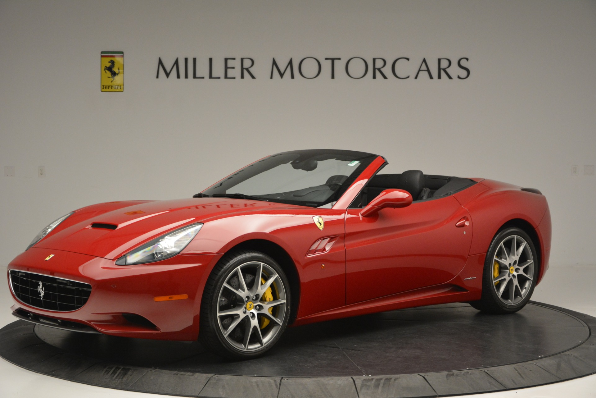 Used 2011 Ferrari California  For Sale In Greenwich, CT 2618_p2