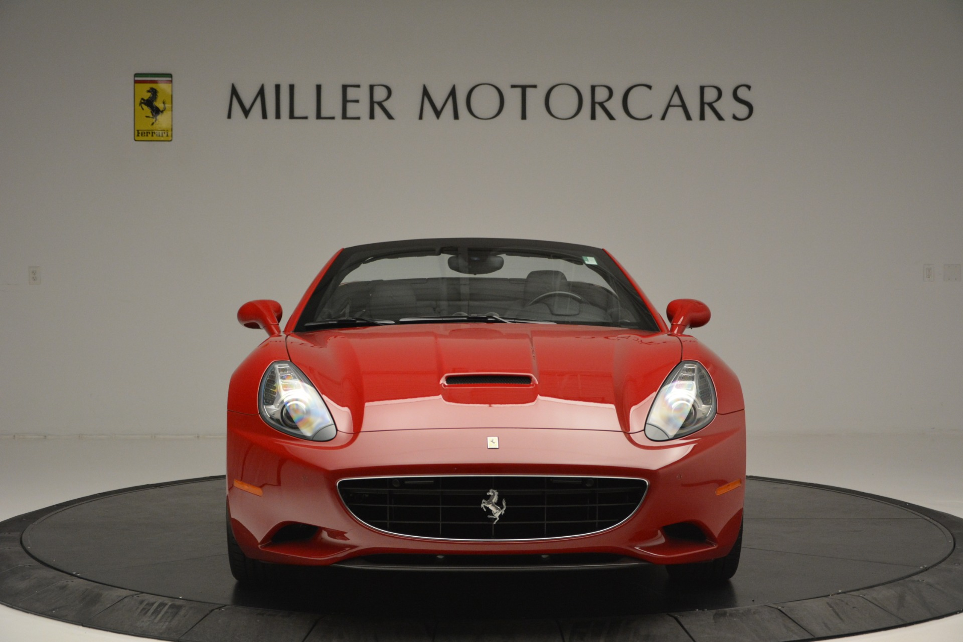 Used 2011 Ferrari California  For Sale In Greenwich, CT 2618_p6