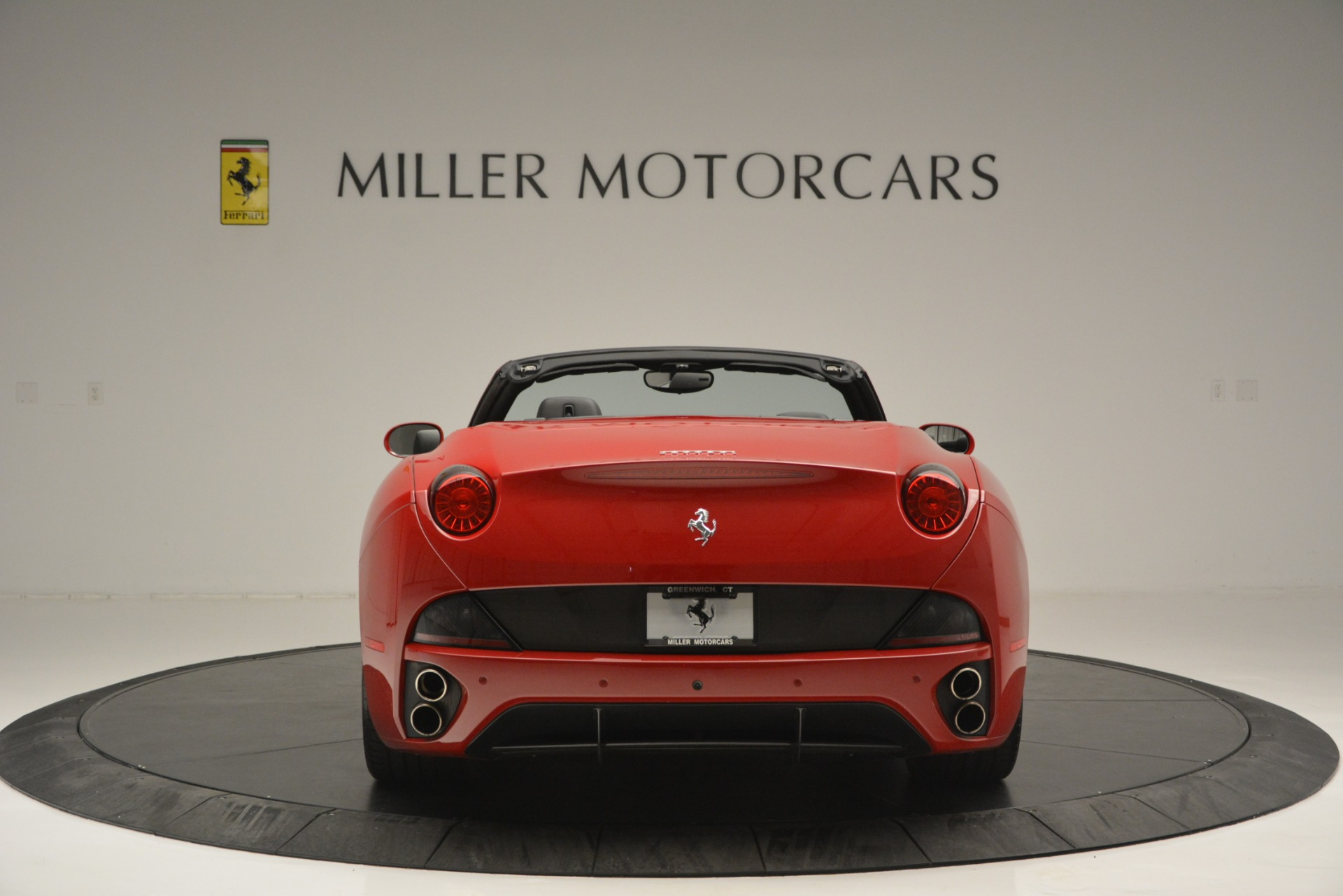 Used 2011 Ferrari California  For Sale In Greenwich, CT 2618_p7