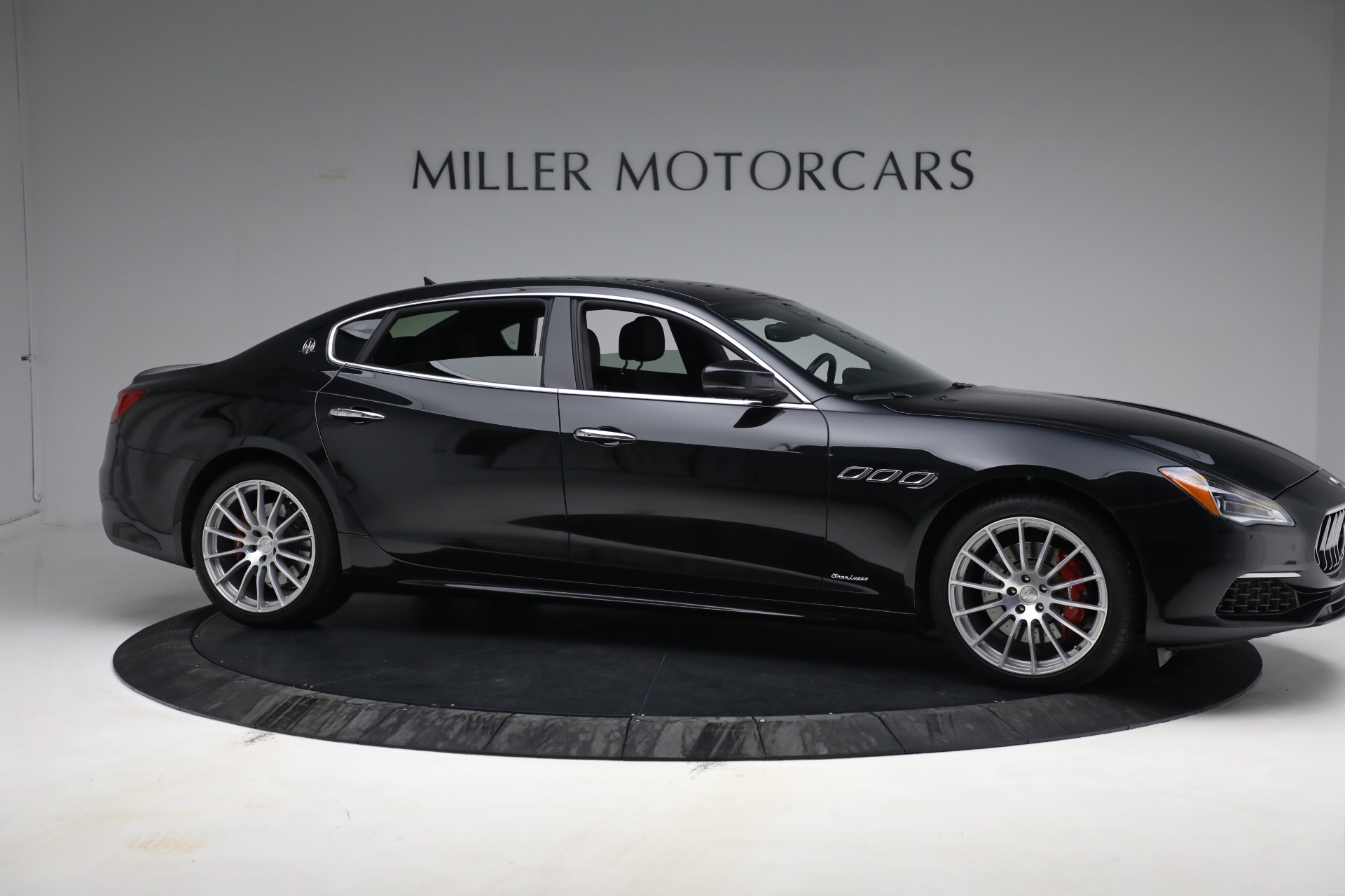 New 2019 Maserati Quattroporte S Q4 GranLusso For Sale In Greenwich, CT 2619_p10