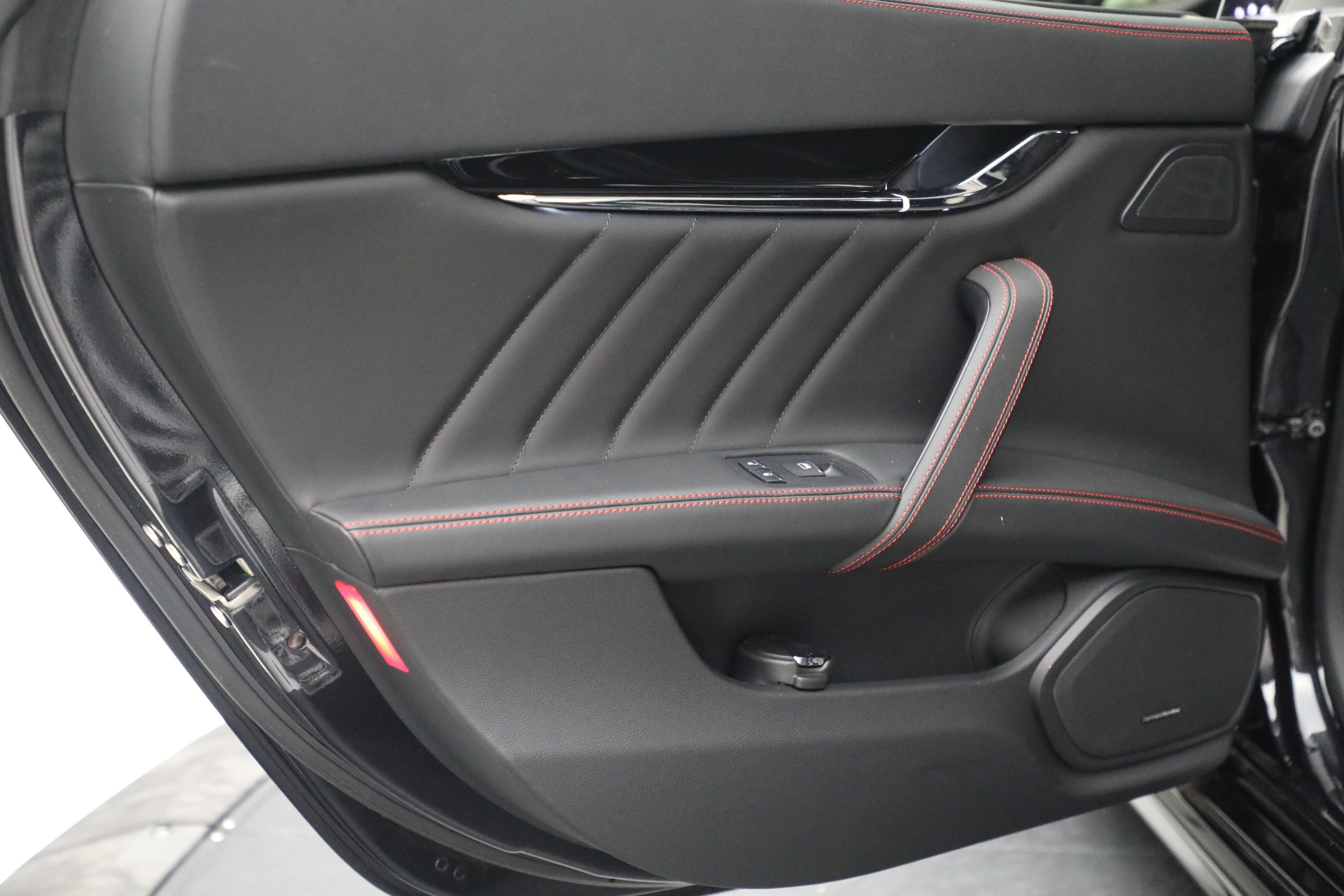 New 2019 Maserati Quattroporte S Q4 GranLusso For Sale In Greenwich, CT 2619_p25