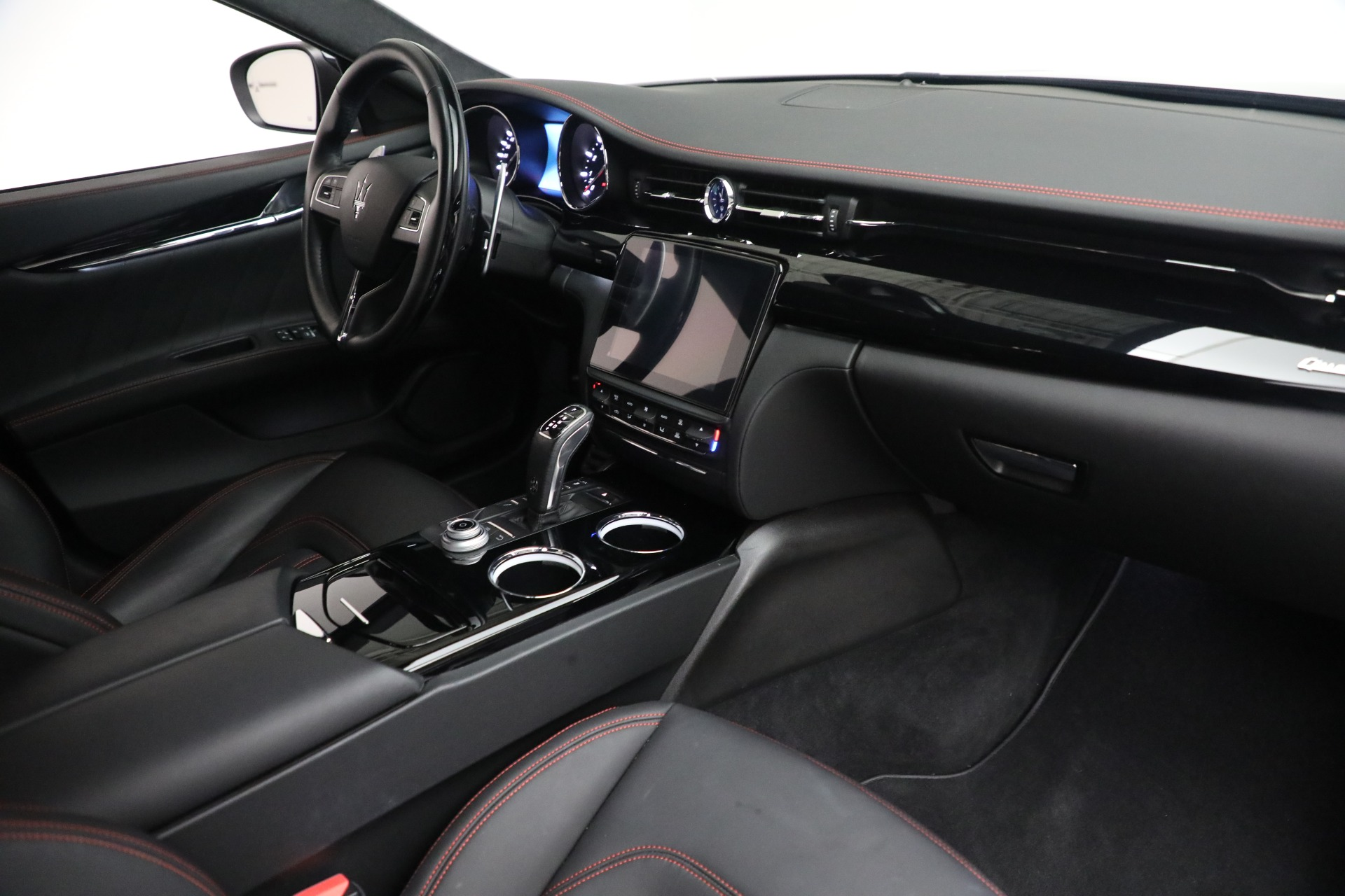 New 2019 Maserati Quattroporte S Q4 GranLusso For Sale In Greenwich, CT 2619_p26