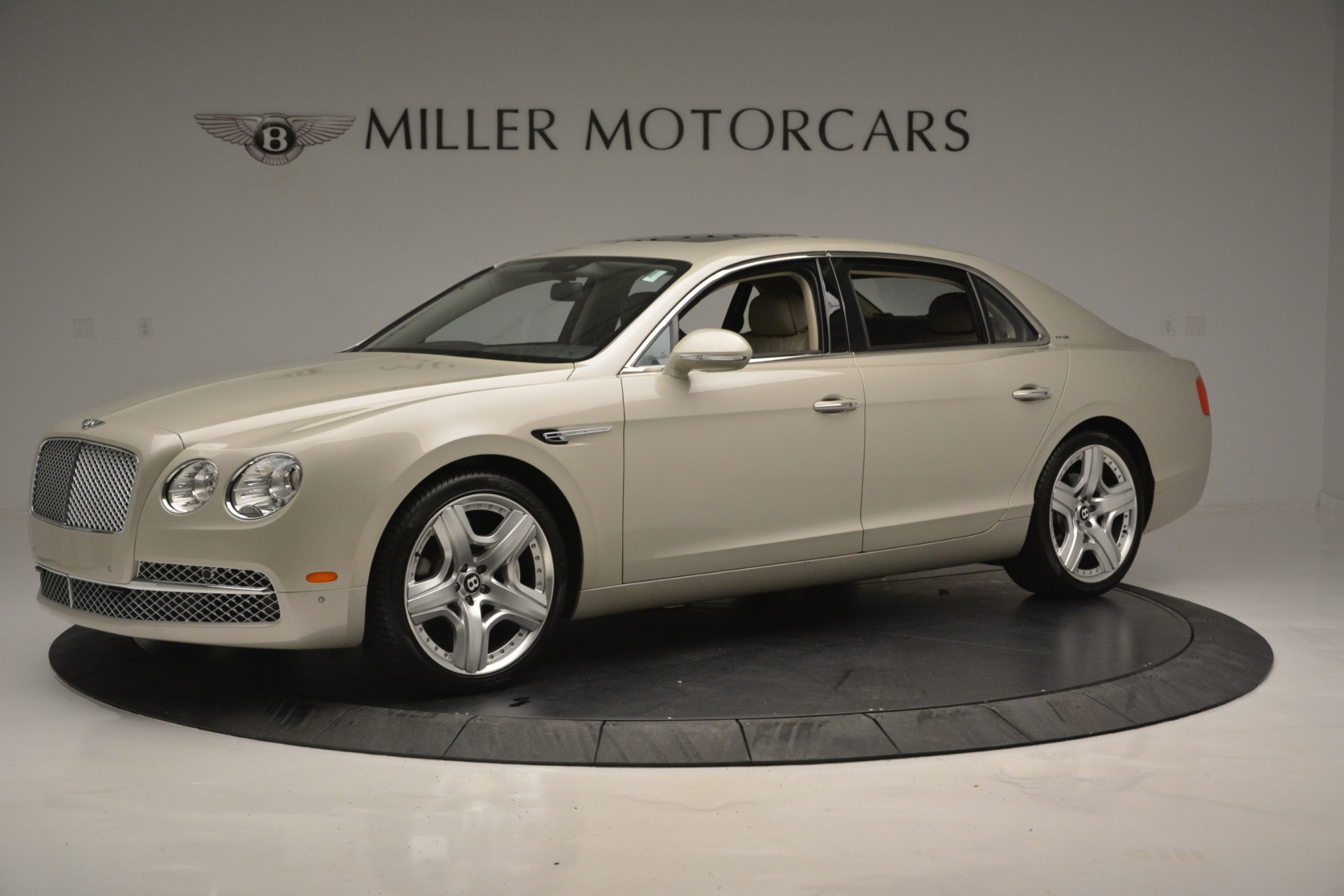 Used 2014 Bentley Flying Spur W12 For Sale In Greenwich, CT 2624_p2