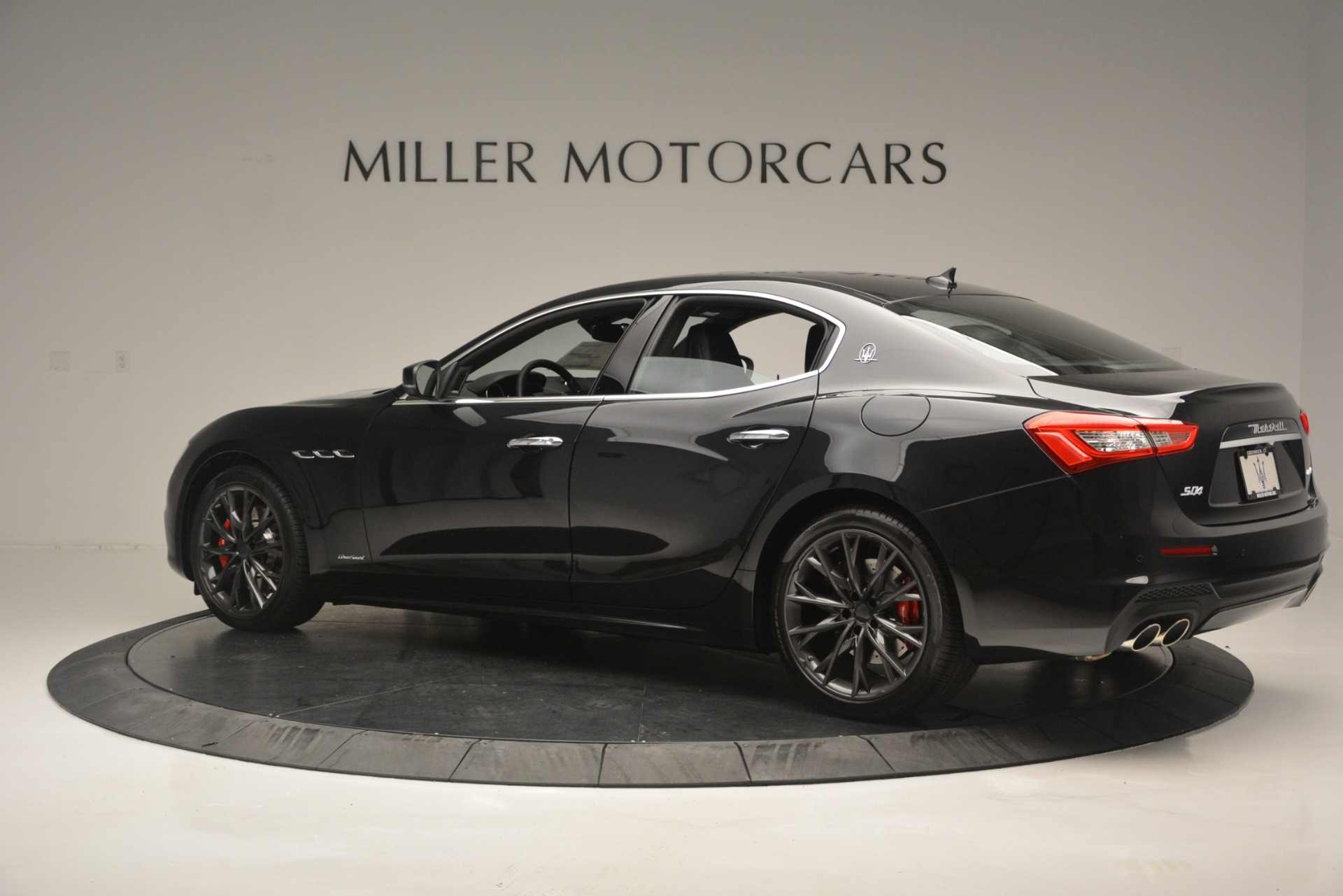 New 2019 Maserati Ghibli S Q4 GranSport For Sale In Greenwich, CT 2635_p4