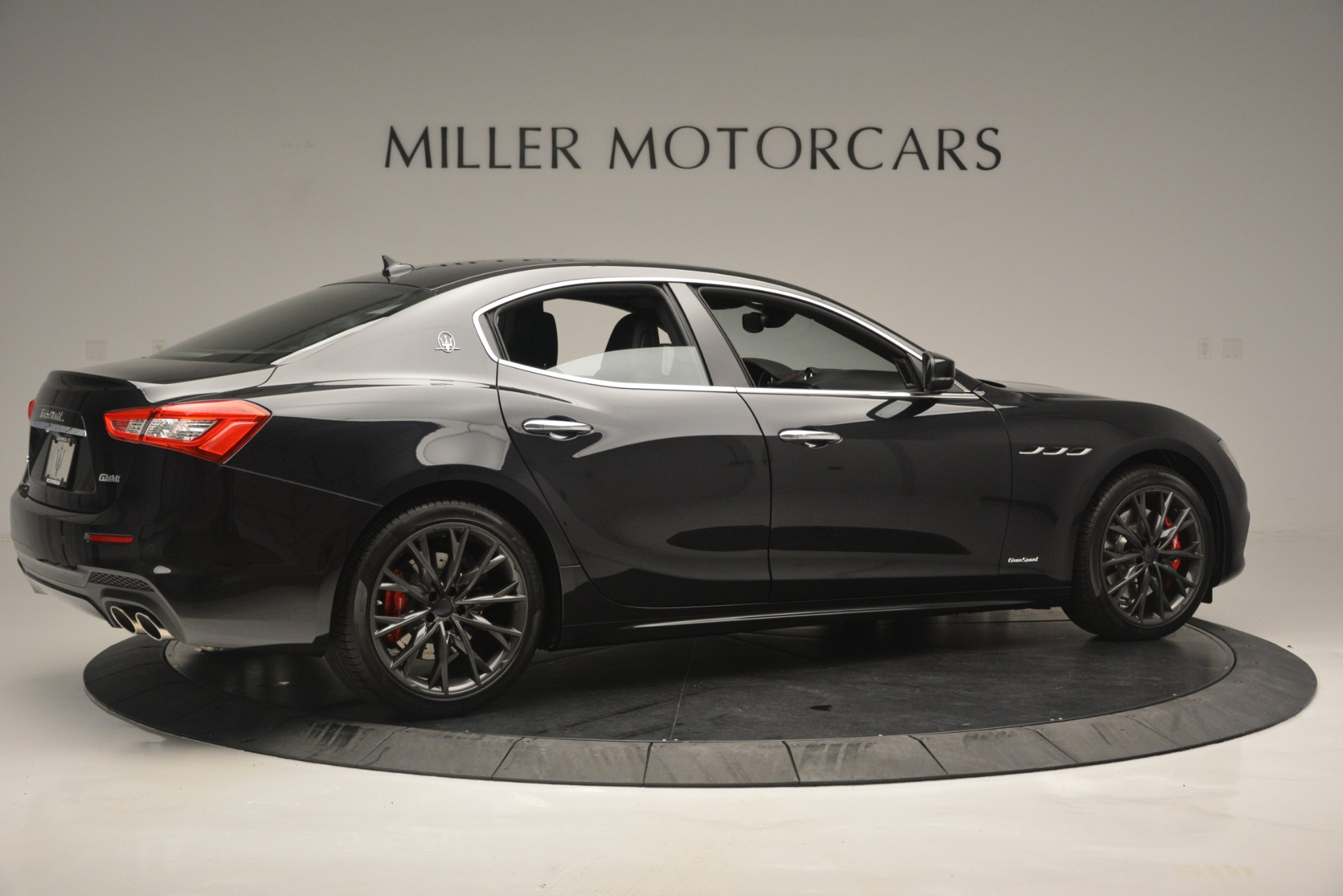 New 2019 Maserati Ghibli S Q4 GranSport For Sale In Greenwich, CT 2635_p8