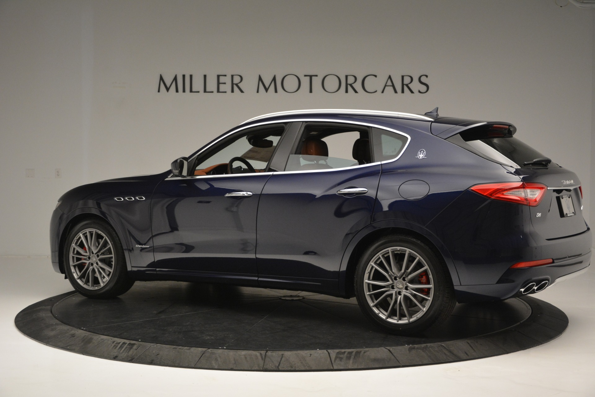 Used 2019 Maserati Levante Q4 GranLusso For Sale In Greenwich, CT 2636_p4