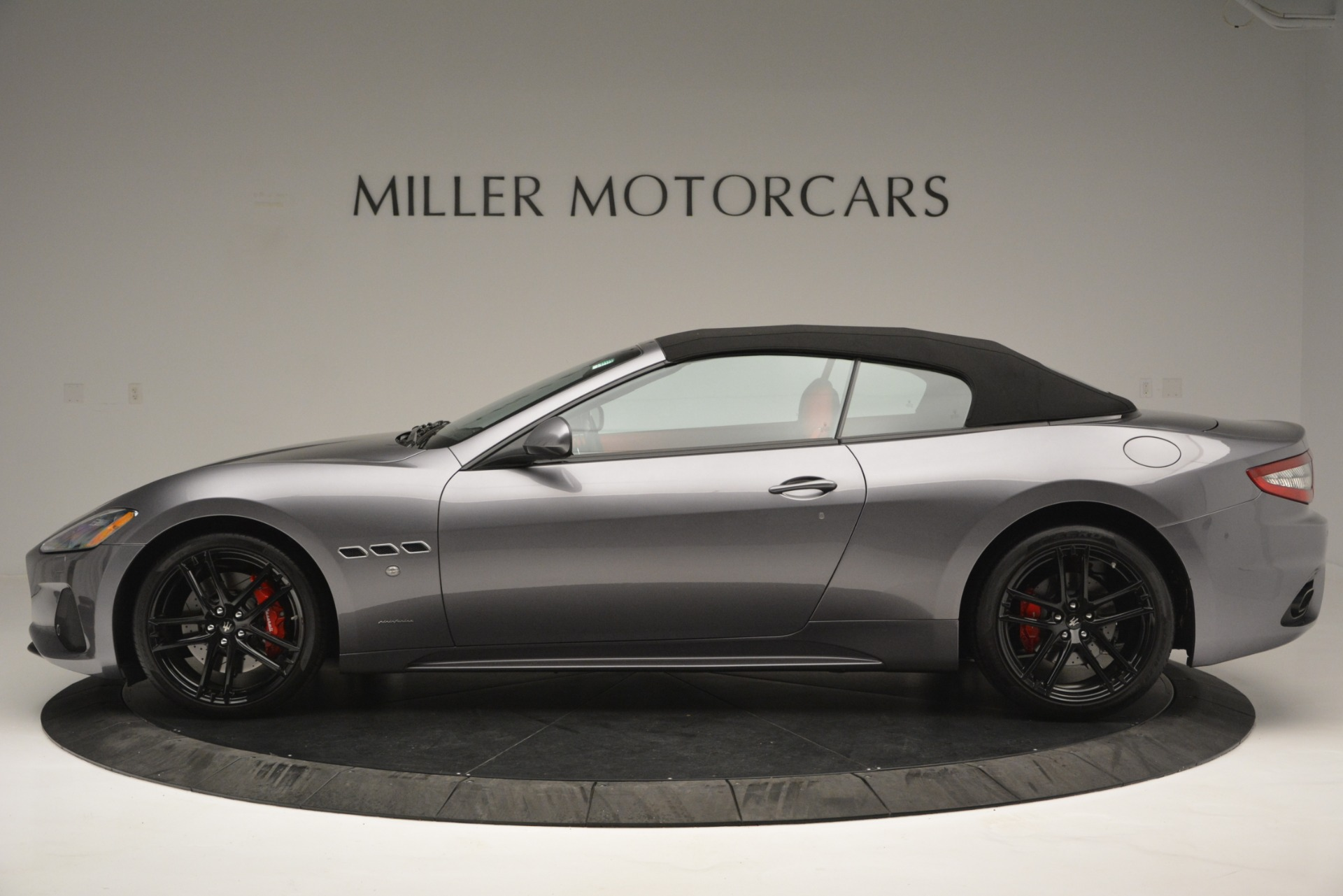 Used 2018 Maserati GranTurismo Sport For Sale In Greenwich, CT 2637_p13