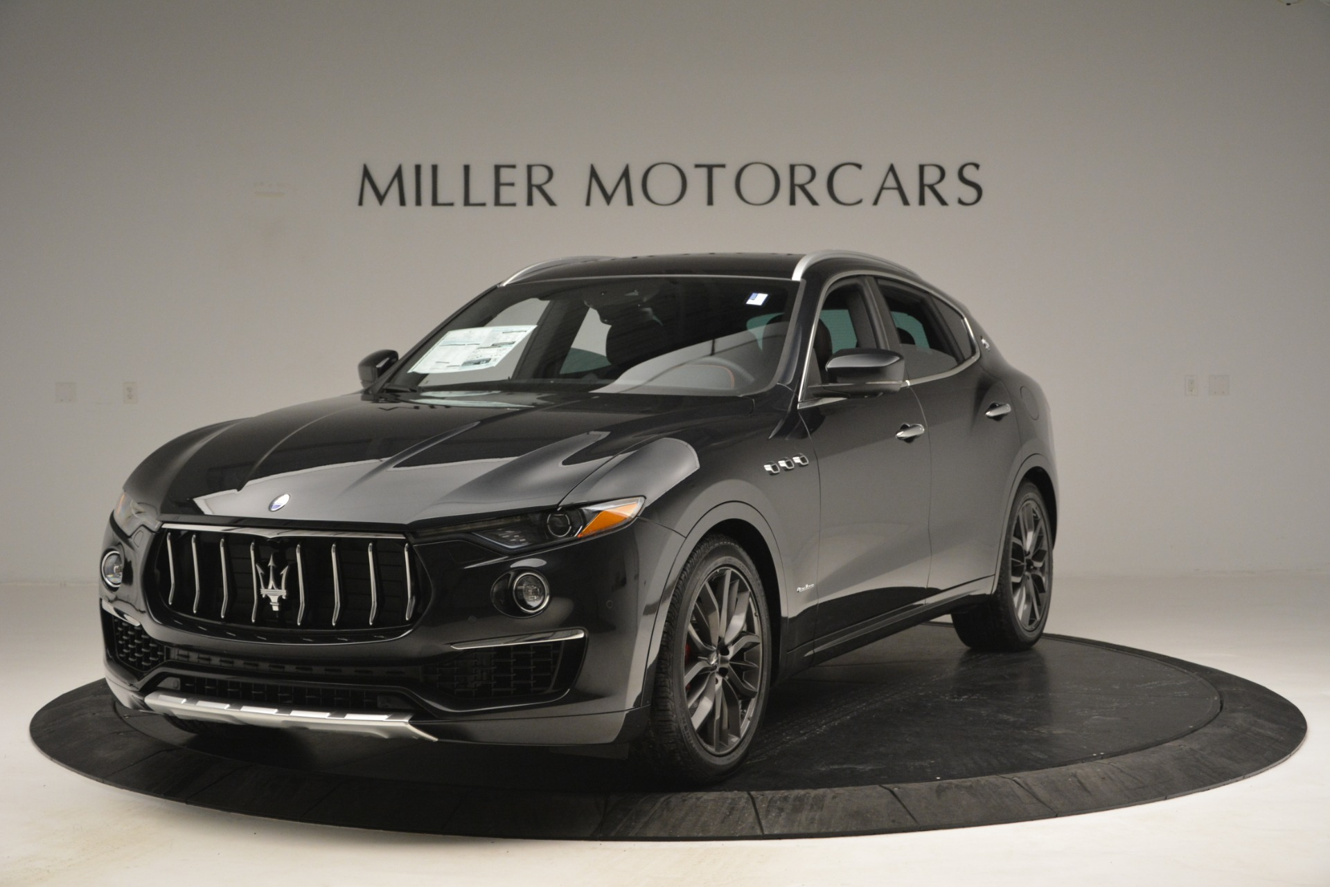New 2019 Maserati Levante Q4 GranLusso For Sale In Greenwich, CT 2638_main