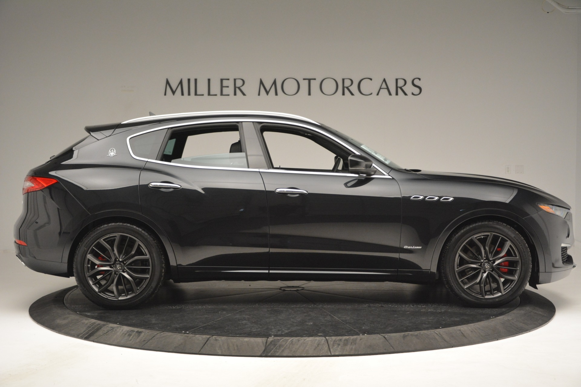 New 2019 Maserati Levante Q4 GranLusso For Sale In Greenwich, CT 2638_p10