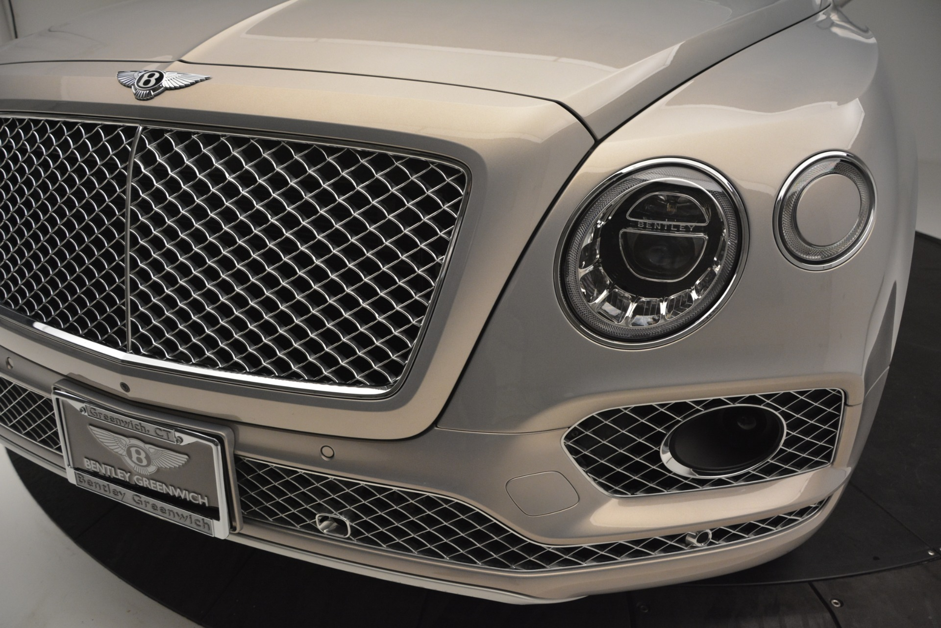 Used 2017 Bentley Bentayga W12 For Sale In Greenwich, CT 2641_p14