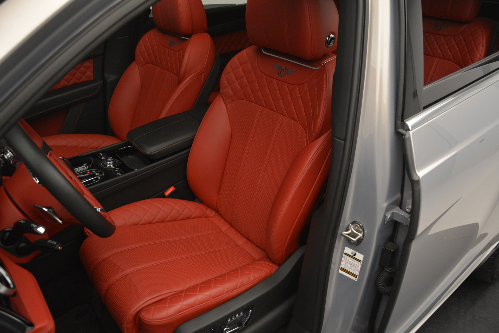 Used 2017 Bentley Bentayga W12 For Sale In Greenwich, CT 2641_p18