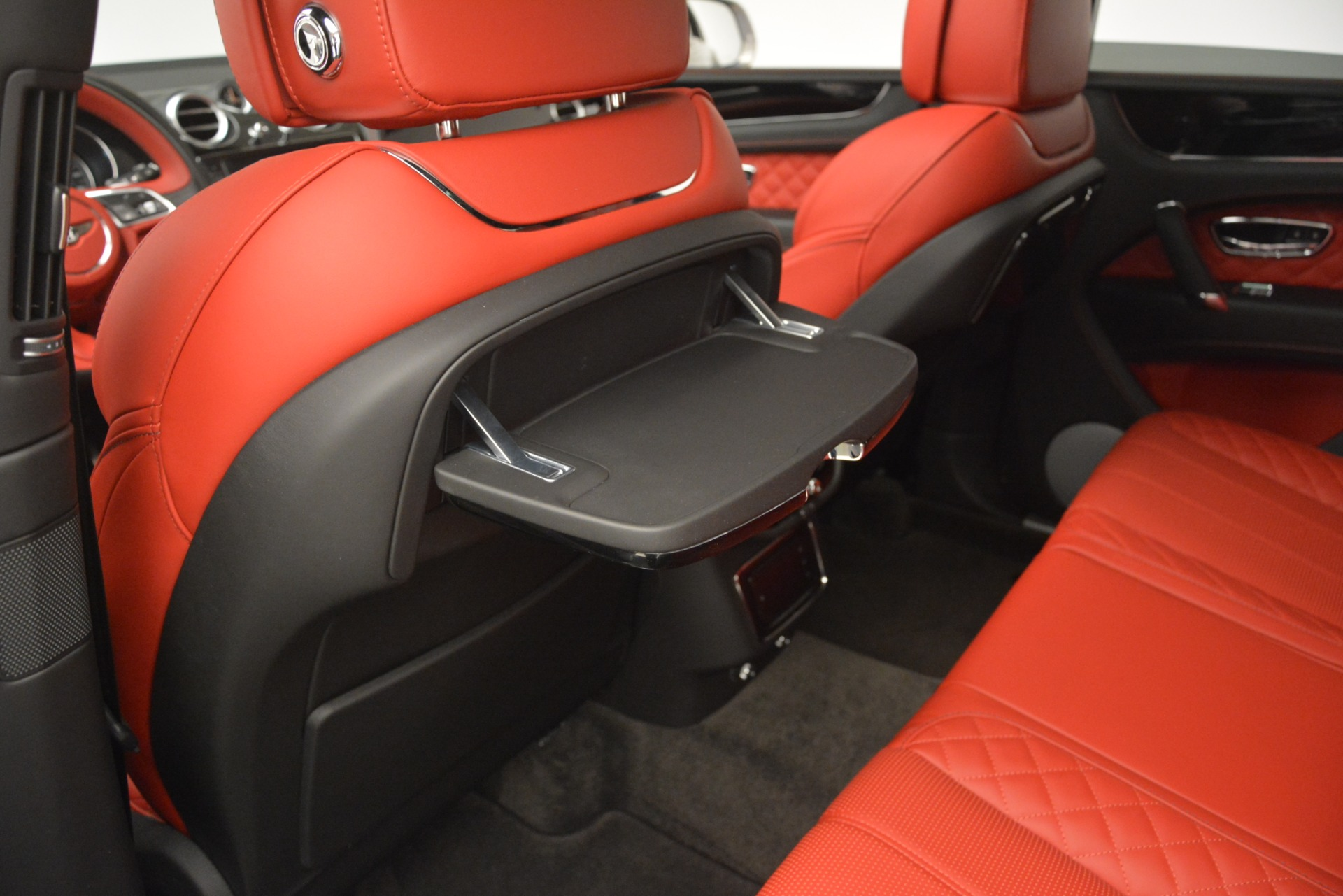 Used 2017 Bentley Bentayga W12 For Sale In Greenwich, CT 2641_p23