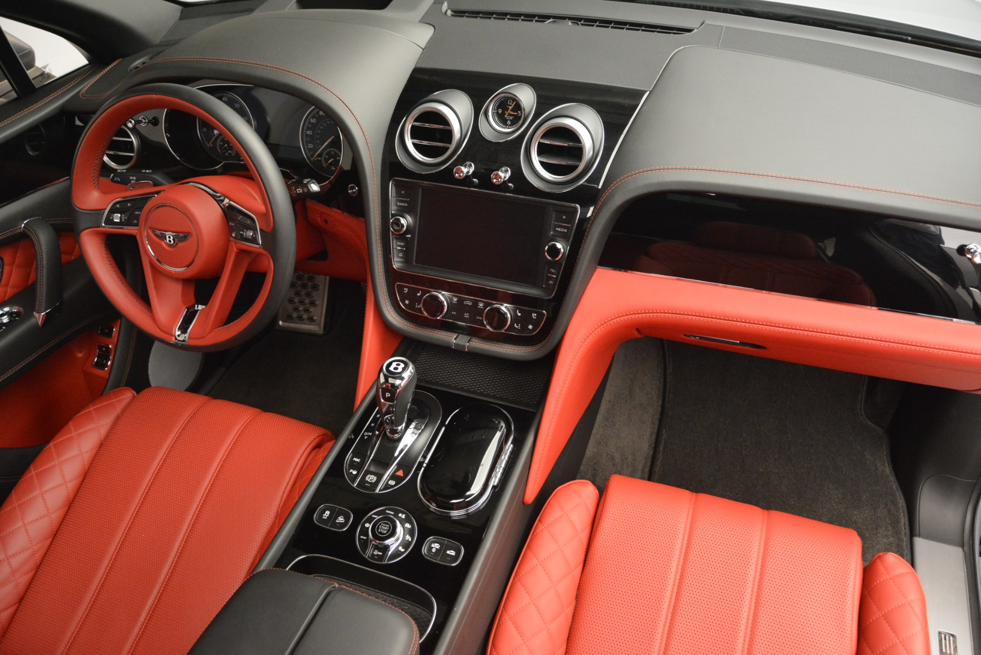 Used 2017 Bentley Bentayga W12 For Sale In Greenwich, CT 2641_p31