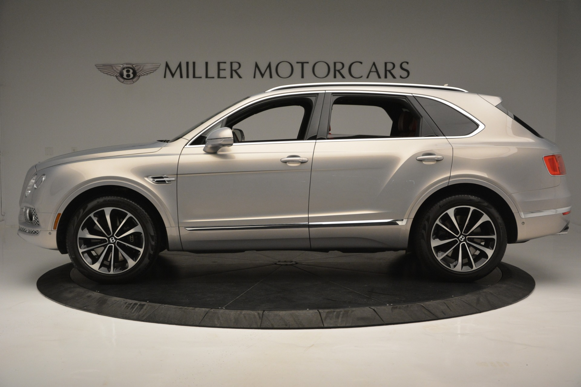 Used 2017 Bentley Bentayga W12 For Sale In Greenwich, CT 2641_p3