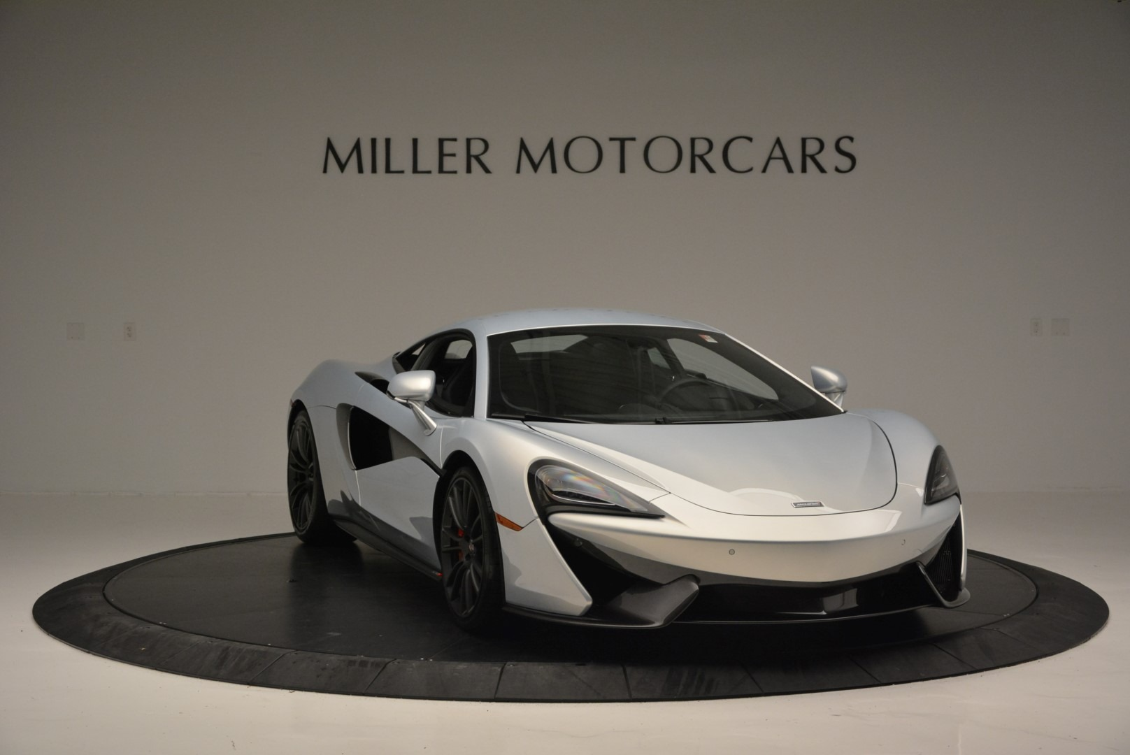 Used 2017 McLaren 570S Coupe For Sale In Greenwich, CT 2642_p11