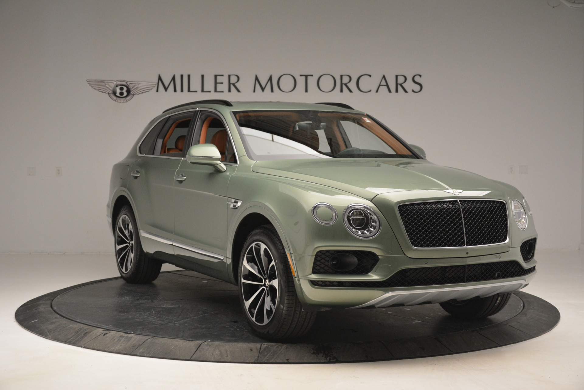 New 2019 Bentley Bentayga V8 For Sale In Greenwich, CT 2644_p11