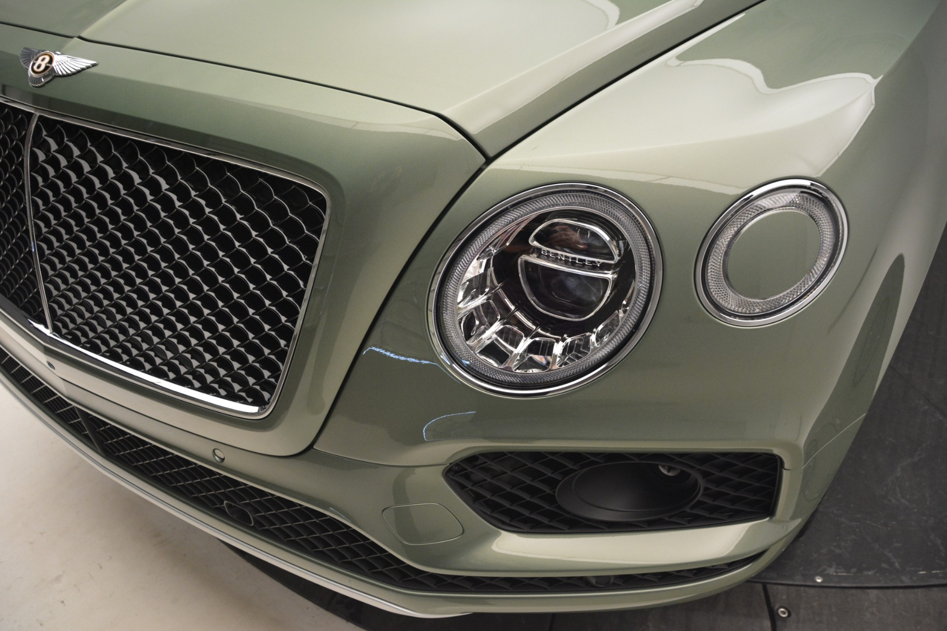 New 2019 Bentley Bentayga V8 For Sale In Greenwich, CT 2644_p14