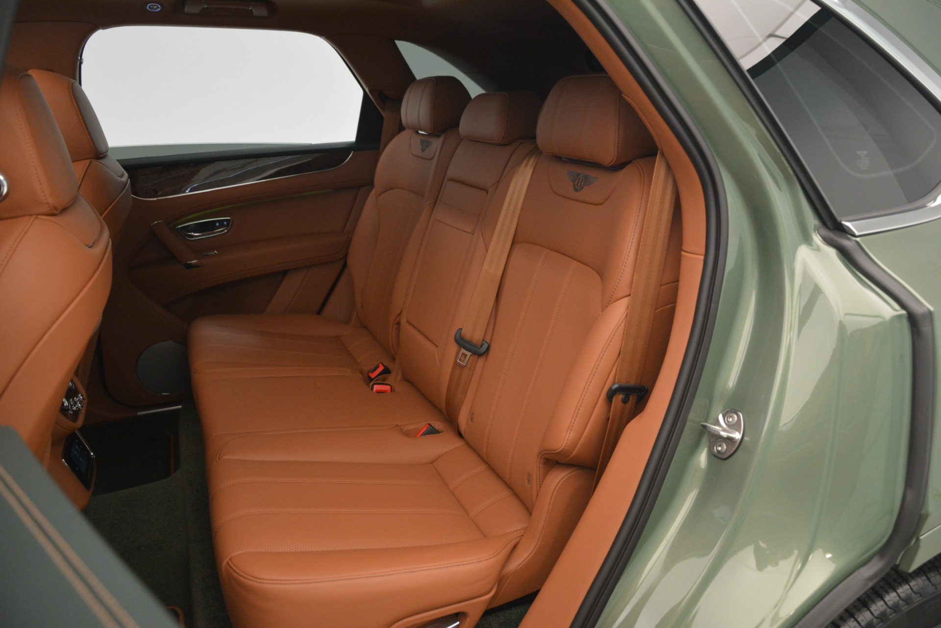 New 2019 Bentley Bentayga V8 For Sale In Greenwich, CT 2644_p28